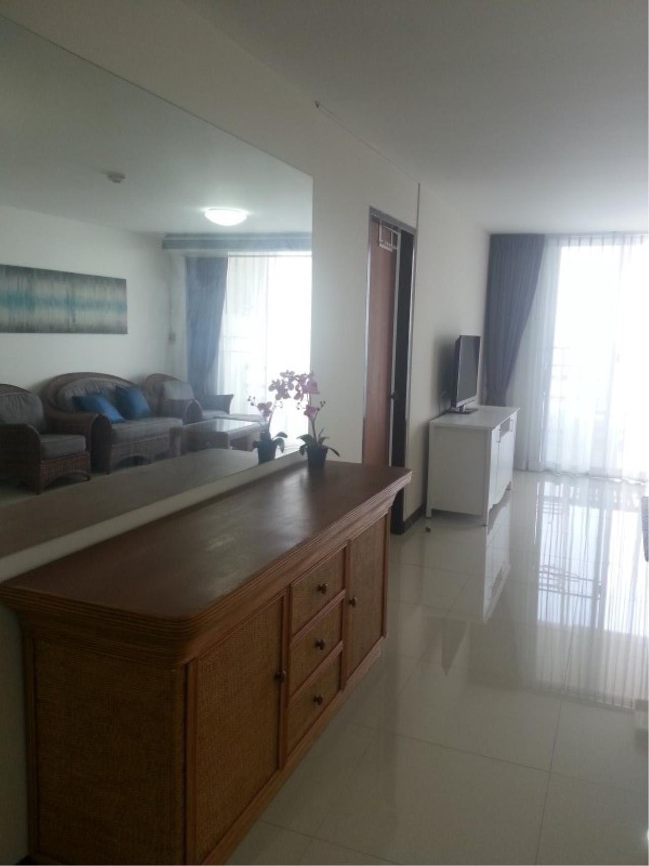 Piri Property Agency's 2 bedrooms Condominium  on 11 floor For Rent 2 7