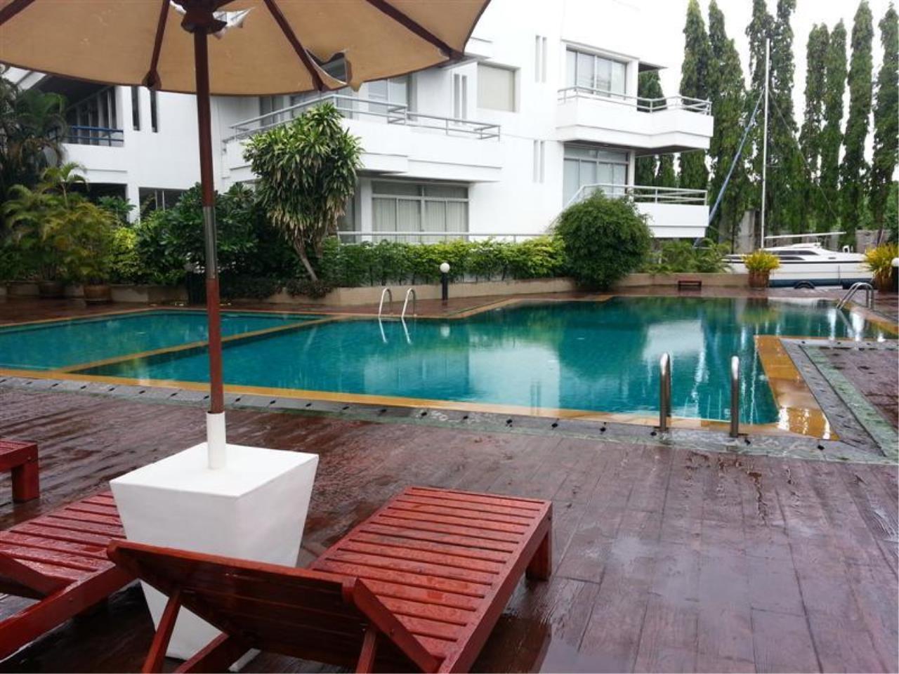 Piri Property Agency's 2 bedrooms Condominium  on 11 floor For Rent 2 39