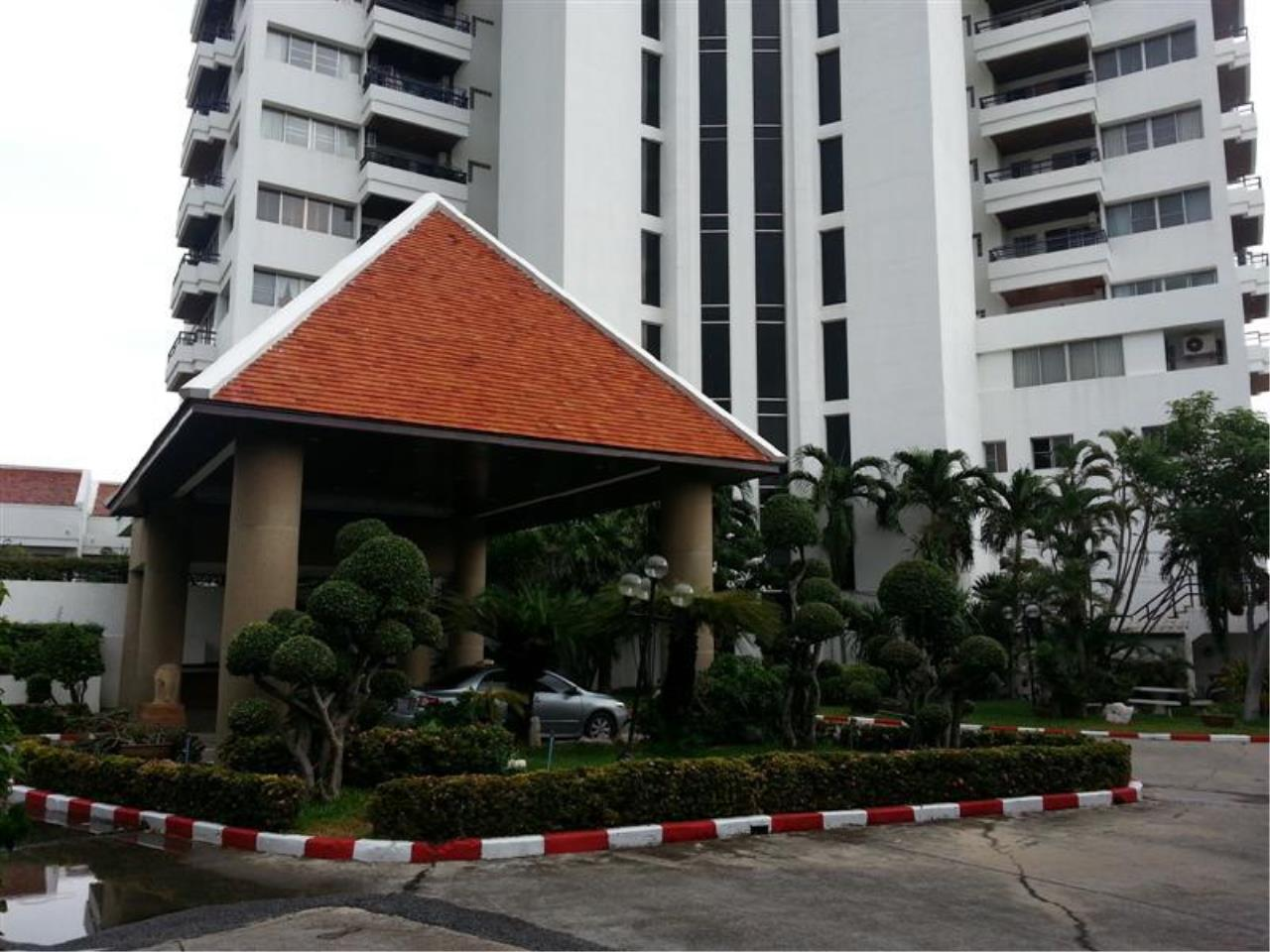 Piri Property Agency's 2 bedrooms Condominium  on 11 floor For Rent 2 49