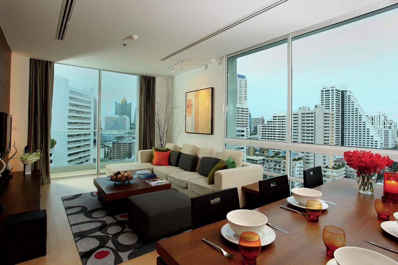 Piri Property Agency's 3 bedrooms Condominium  For Rent 3 2