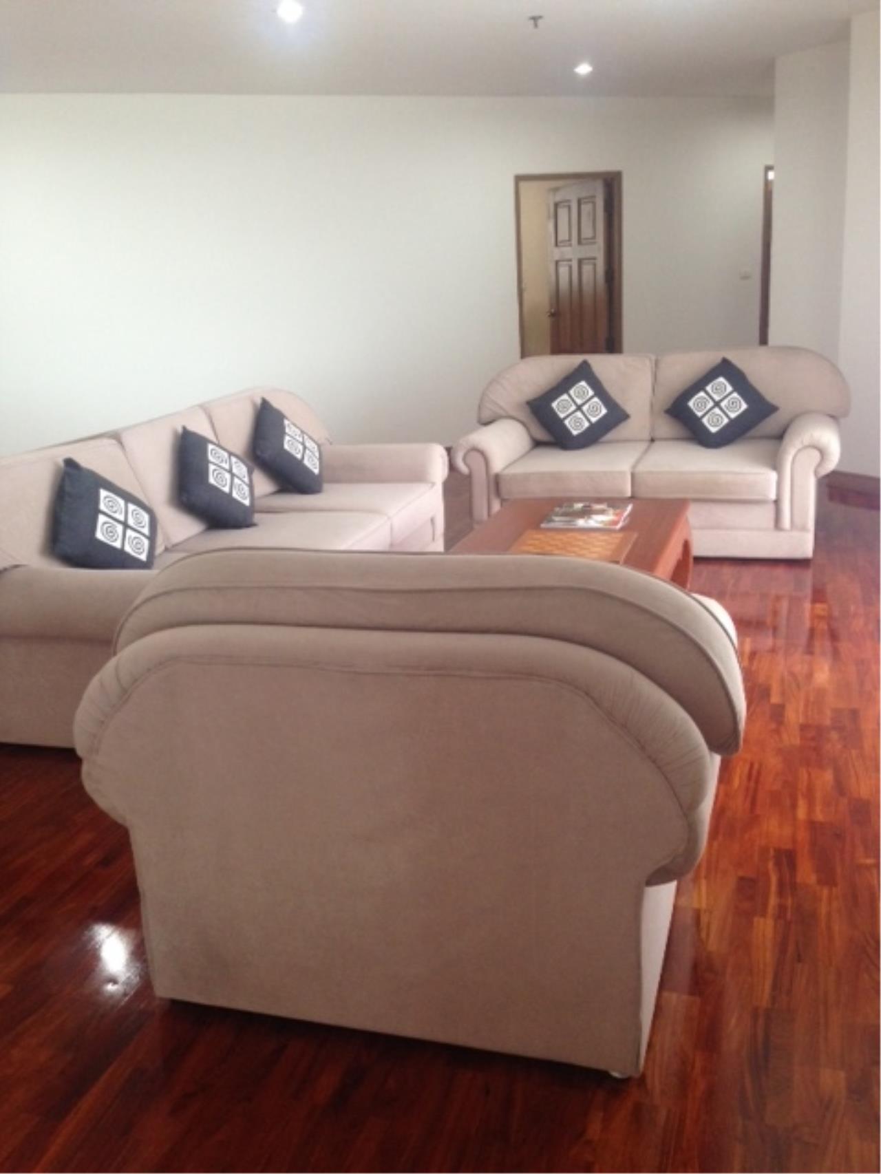 Piri Property Agency's 3+1 bedrooms Condominium for Rent - Pet Friendly 1