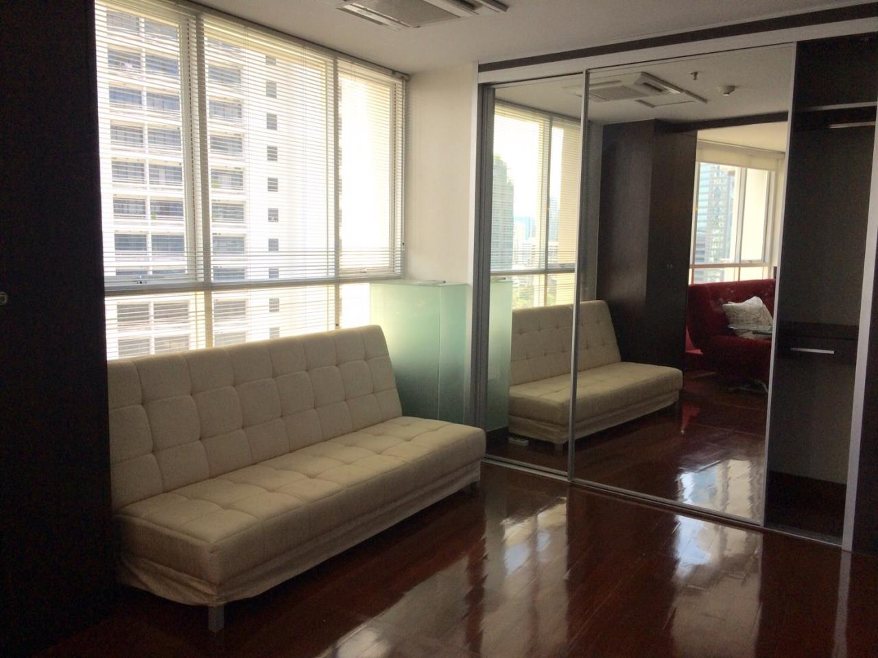 Piri Property Agency's 2 bedrooms Condominium  on 18 floor For Rent 2 5