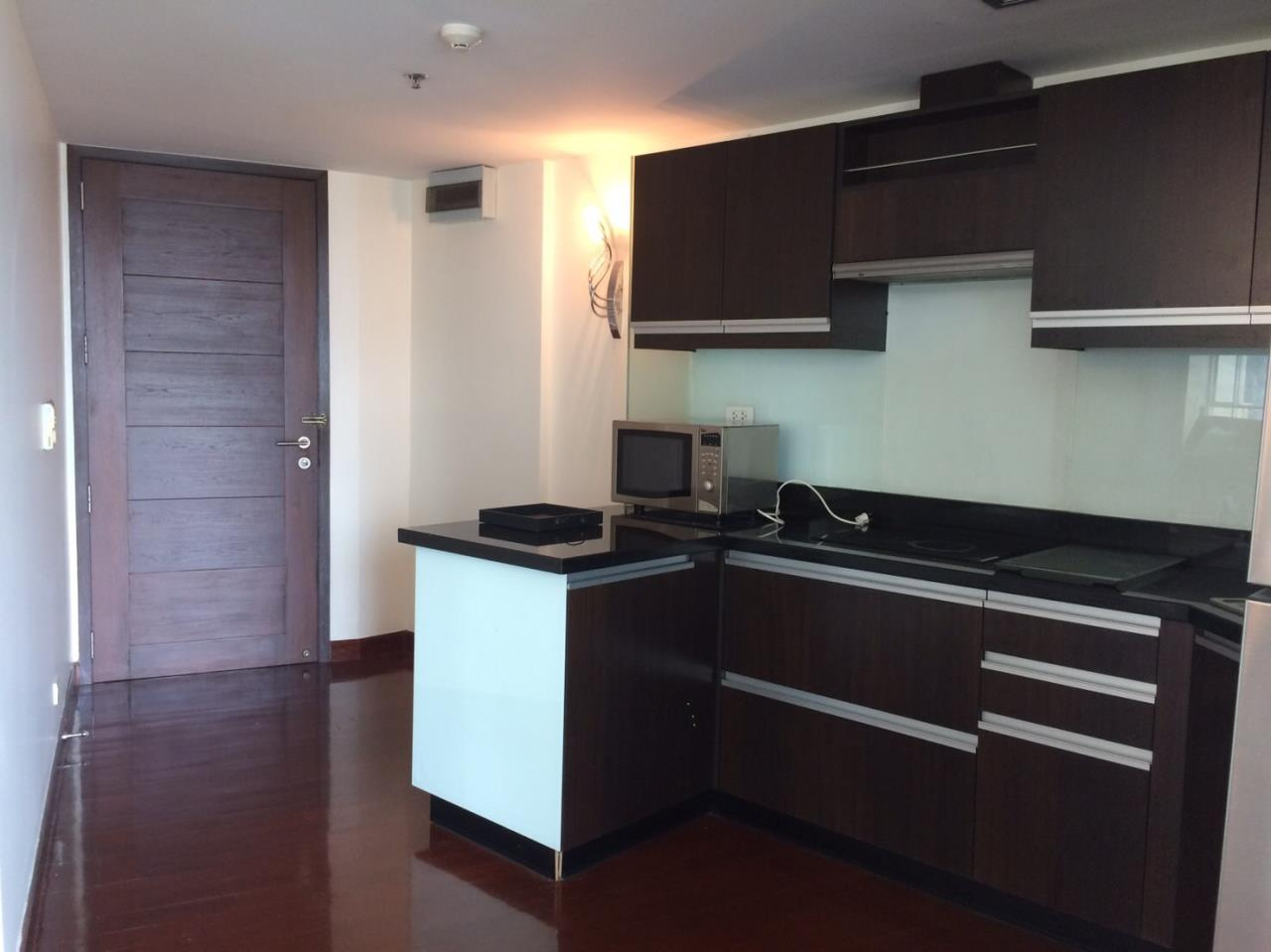 Piri Property Agency's 2 bedrooms Condominium  on 18 floor For Rent 2 12