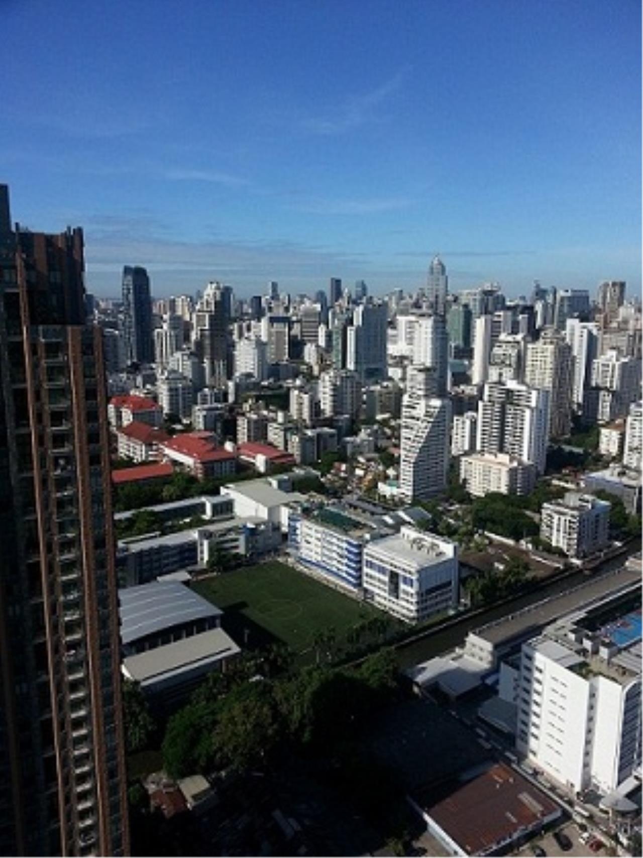 Piri Property Agency's one bedroom Condominium  on 41 floor For Sale 1 5