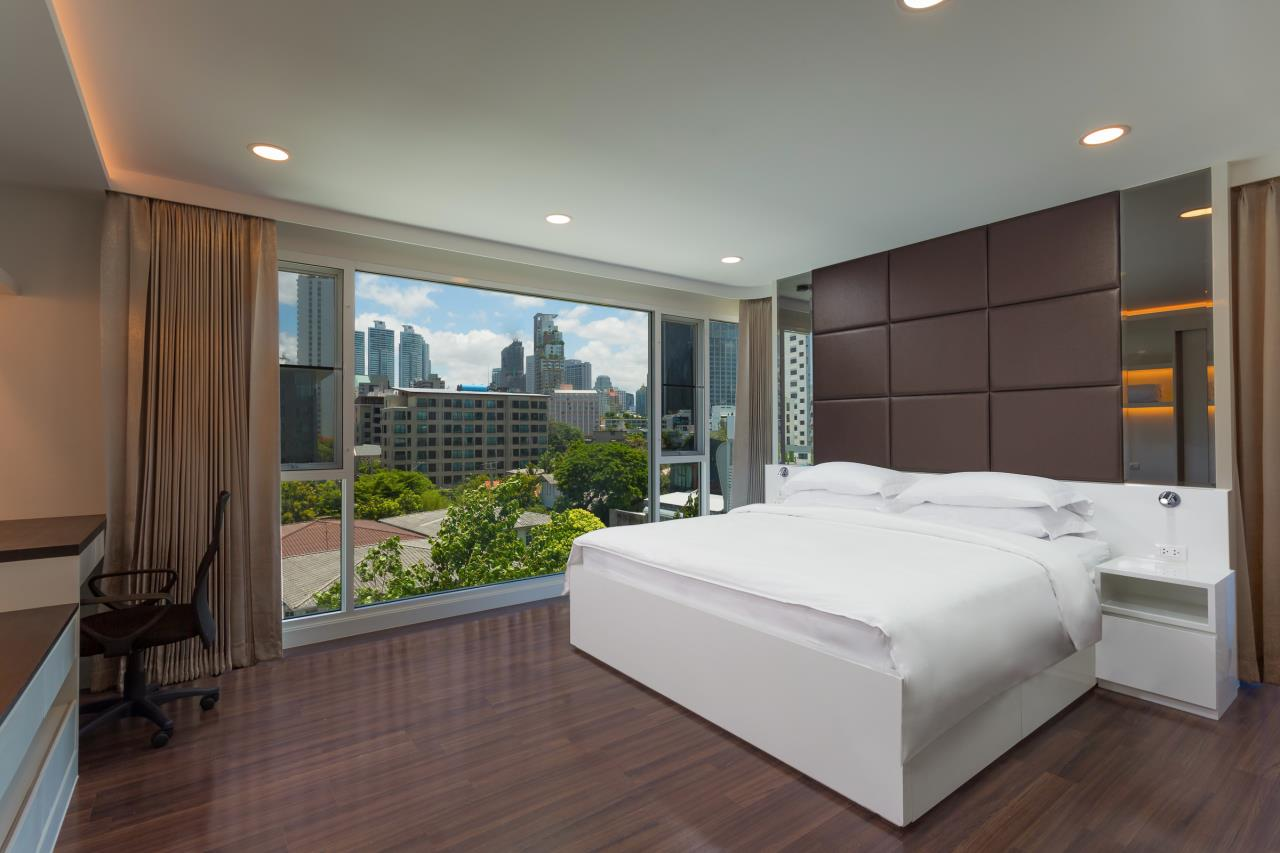 Piri Property Agency's one bedroom Condominium  on 2 floor For Rent 1 2