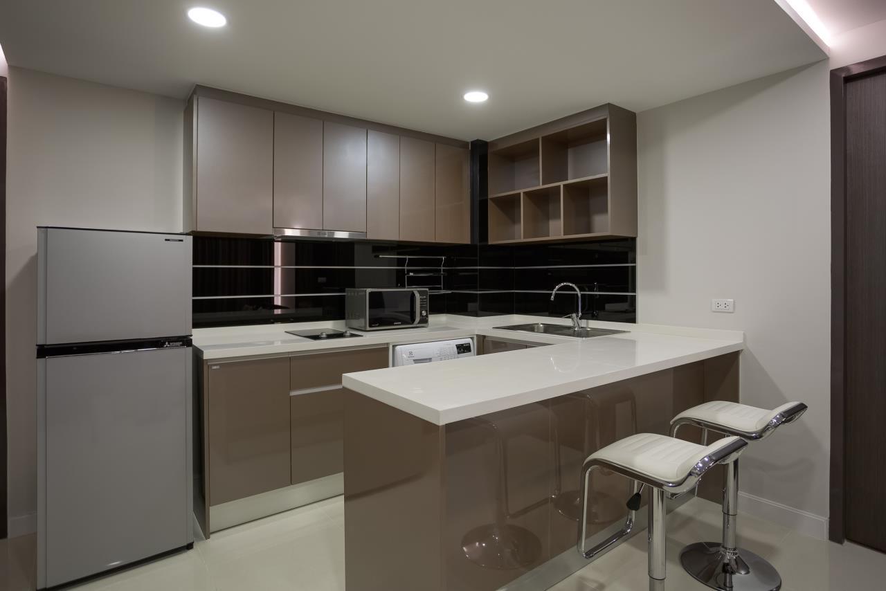 Piri Property Agency's one bedroom Condominium  on 2 floor For Rent 1 3