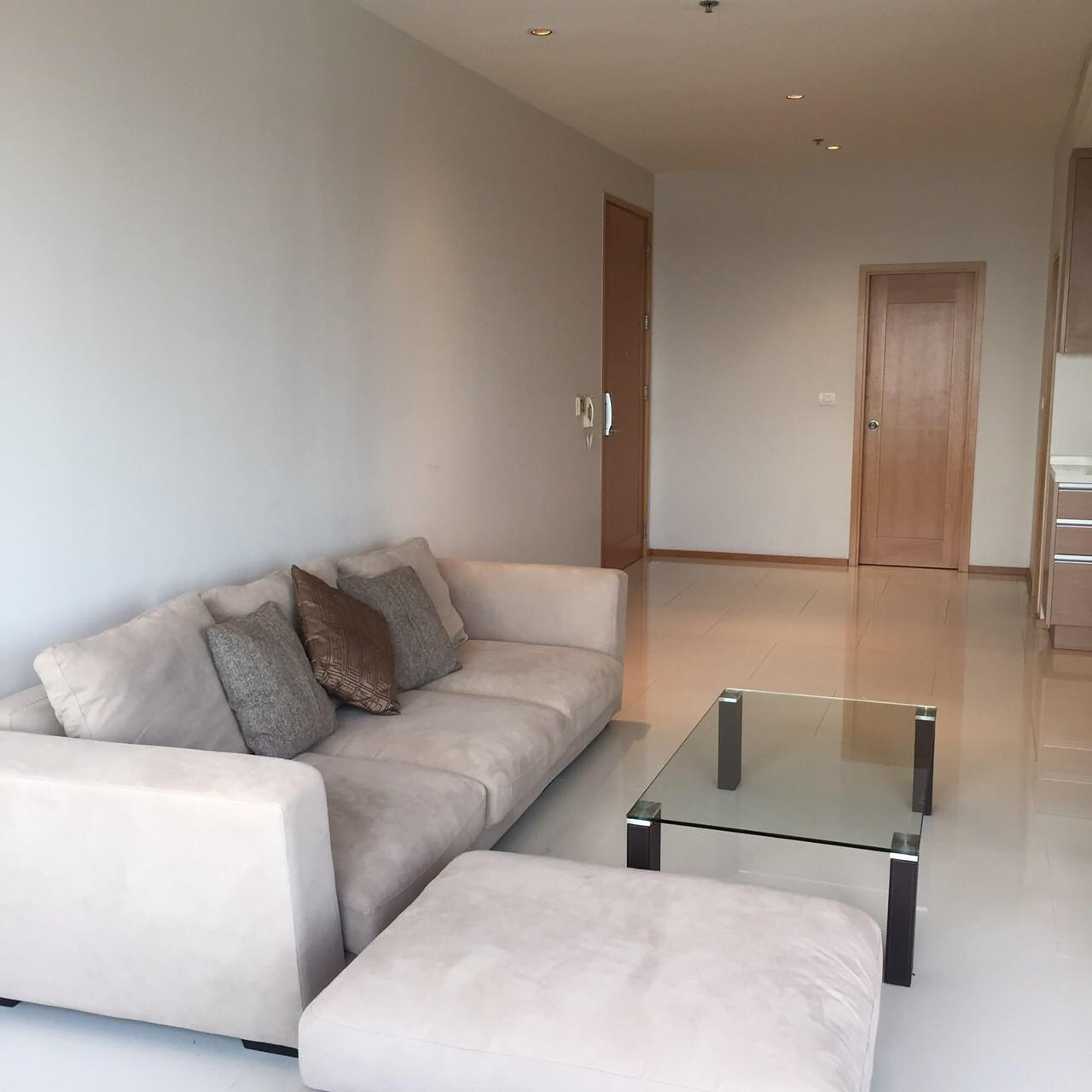 Piri Property Agency's 1 Duplex bedrooms Condominium  on high floor For Rent 5