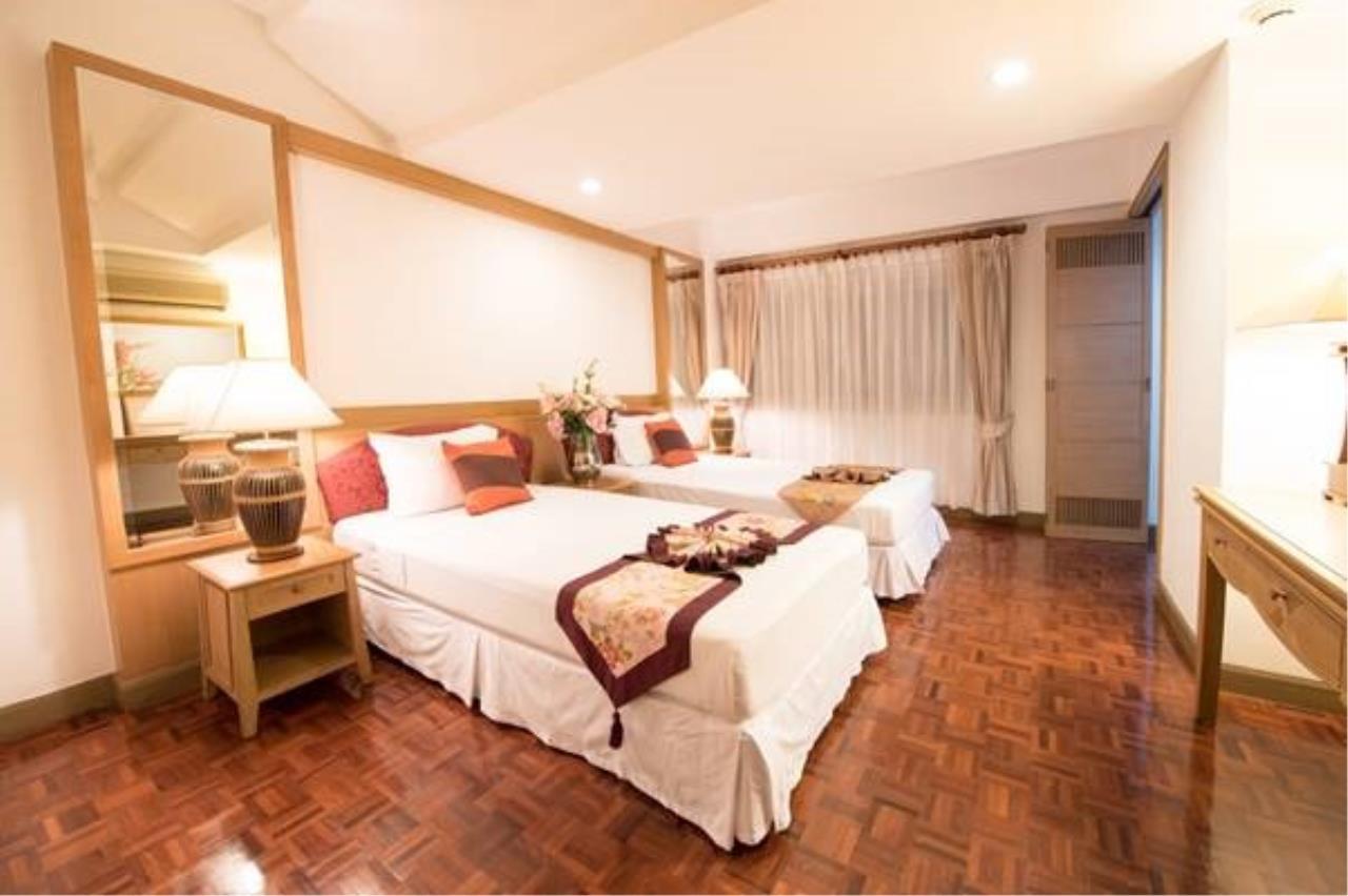 Piri Property Agency's 3 bedrooms   on 10 Building B floor For Rent 3 8