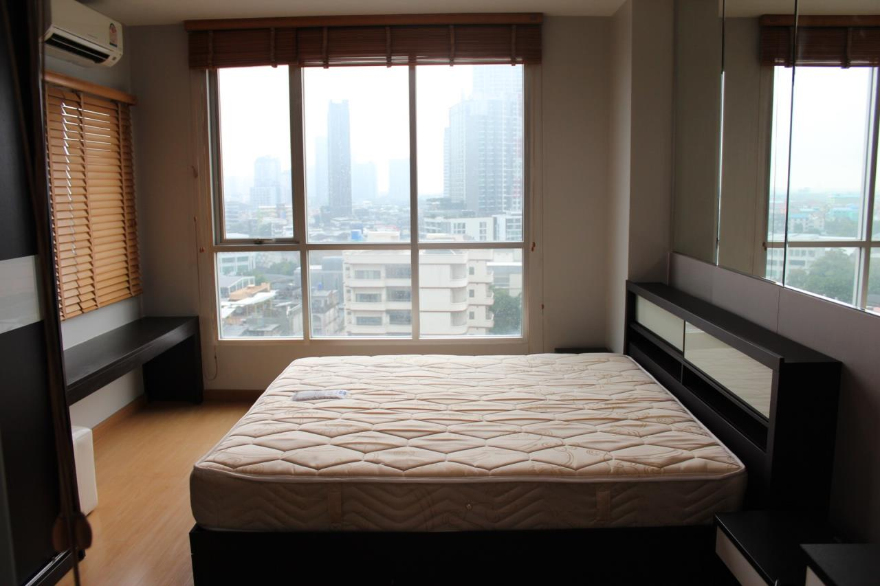 Piri Property Agency's one bedroom Condominium  For Sale 1 1