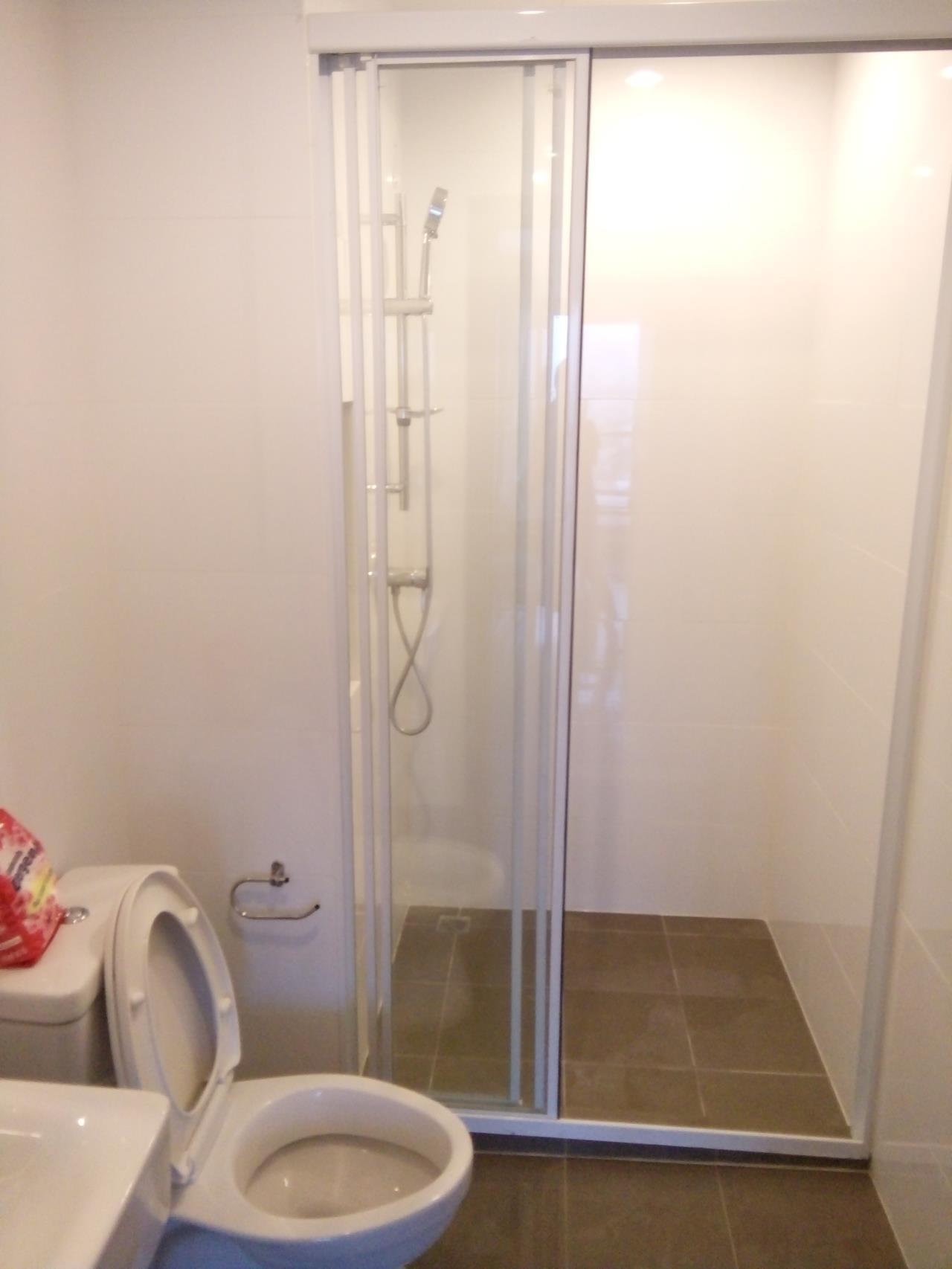 Piri Property Agency's 2 bedrooms Condominium  on 19 floor For Rent 2 5