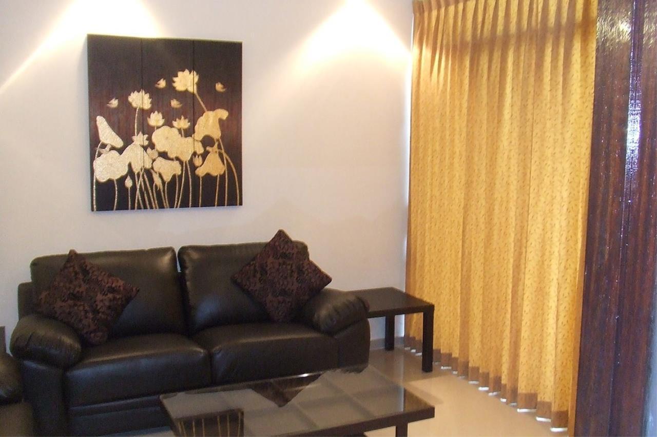 Piri Property Agency's 2 bedrooms Condominium  on 13 floor For Rent 2 7