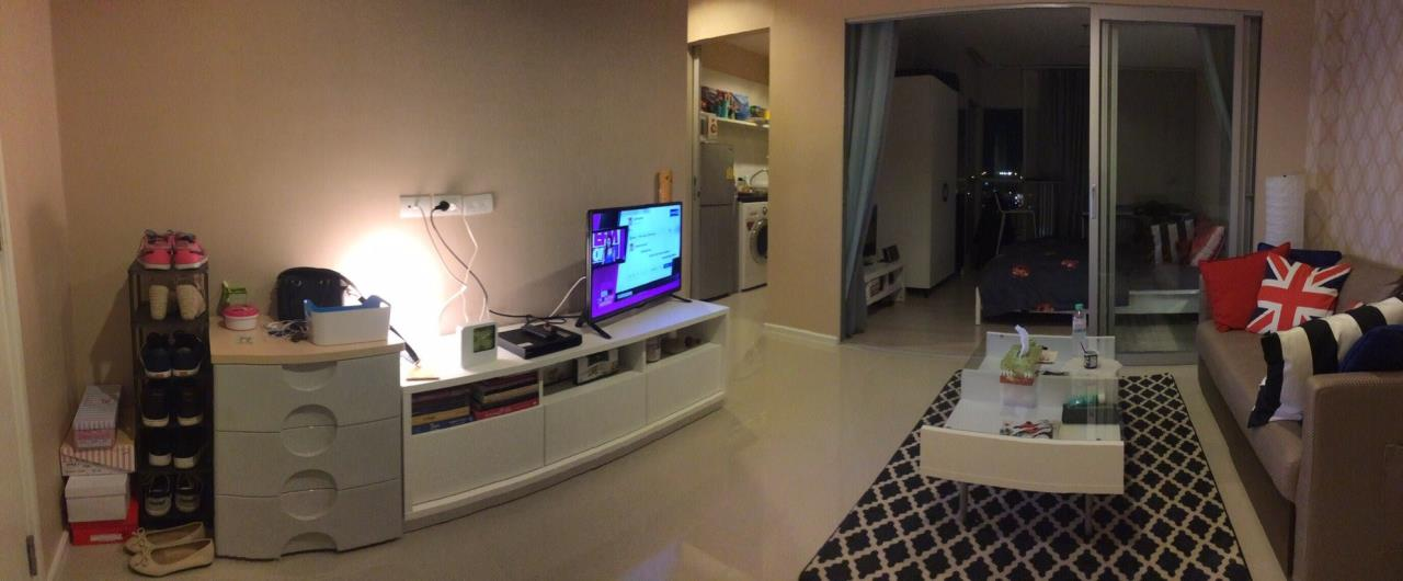 Piri Property Agency's one bedroom Condominium  on 6 Building S floor For Rent 1 2