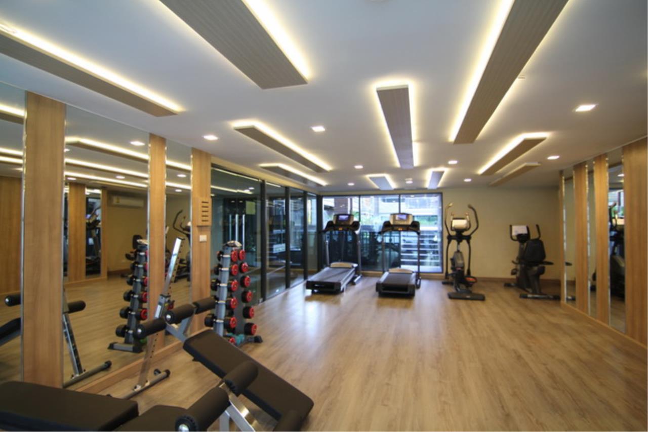 Piri Property Agency's one bedroom Condominium  on 4 floor For Sale 1 10