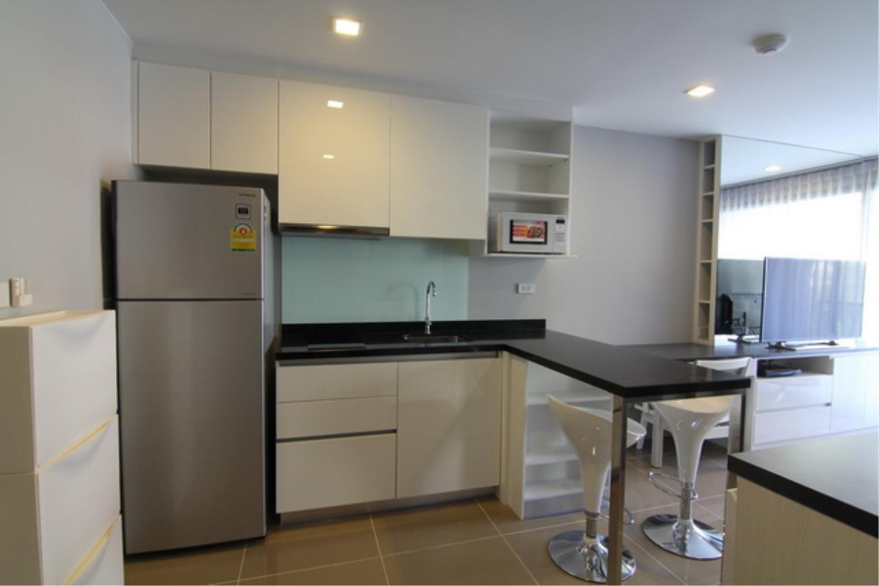 Piri Property Agency's one bedroom Condominium  on 4 floor For Sale 1 15