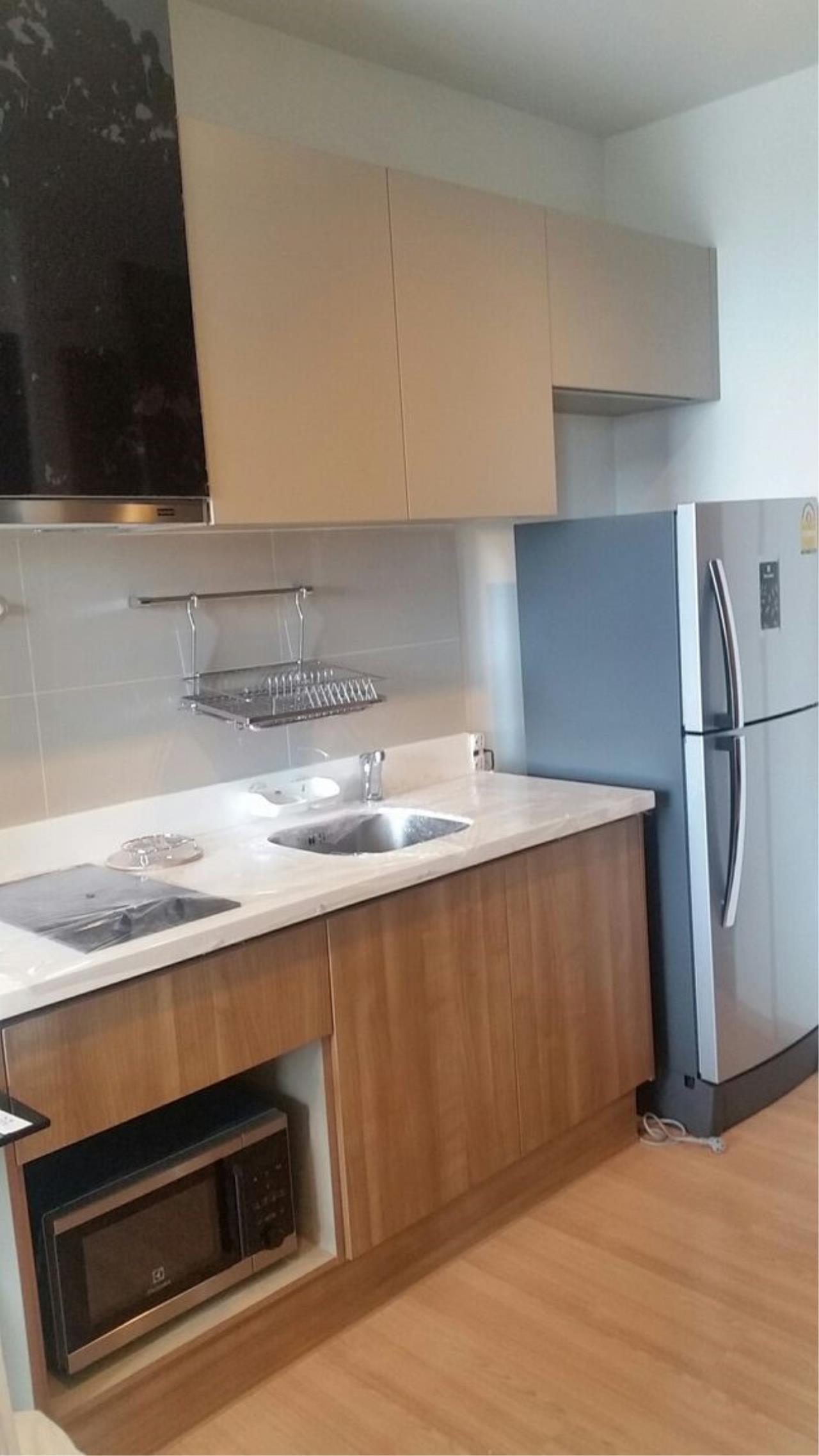 Piri Property Agency's one bedroom Condominium  on 9 floor For Rent 1 5