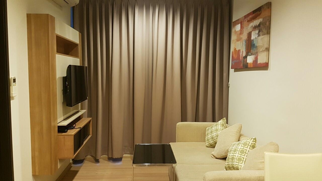 Piri Property Agency's one bedroom Condominium  on 9 floor For Rent 1 1