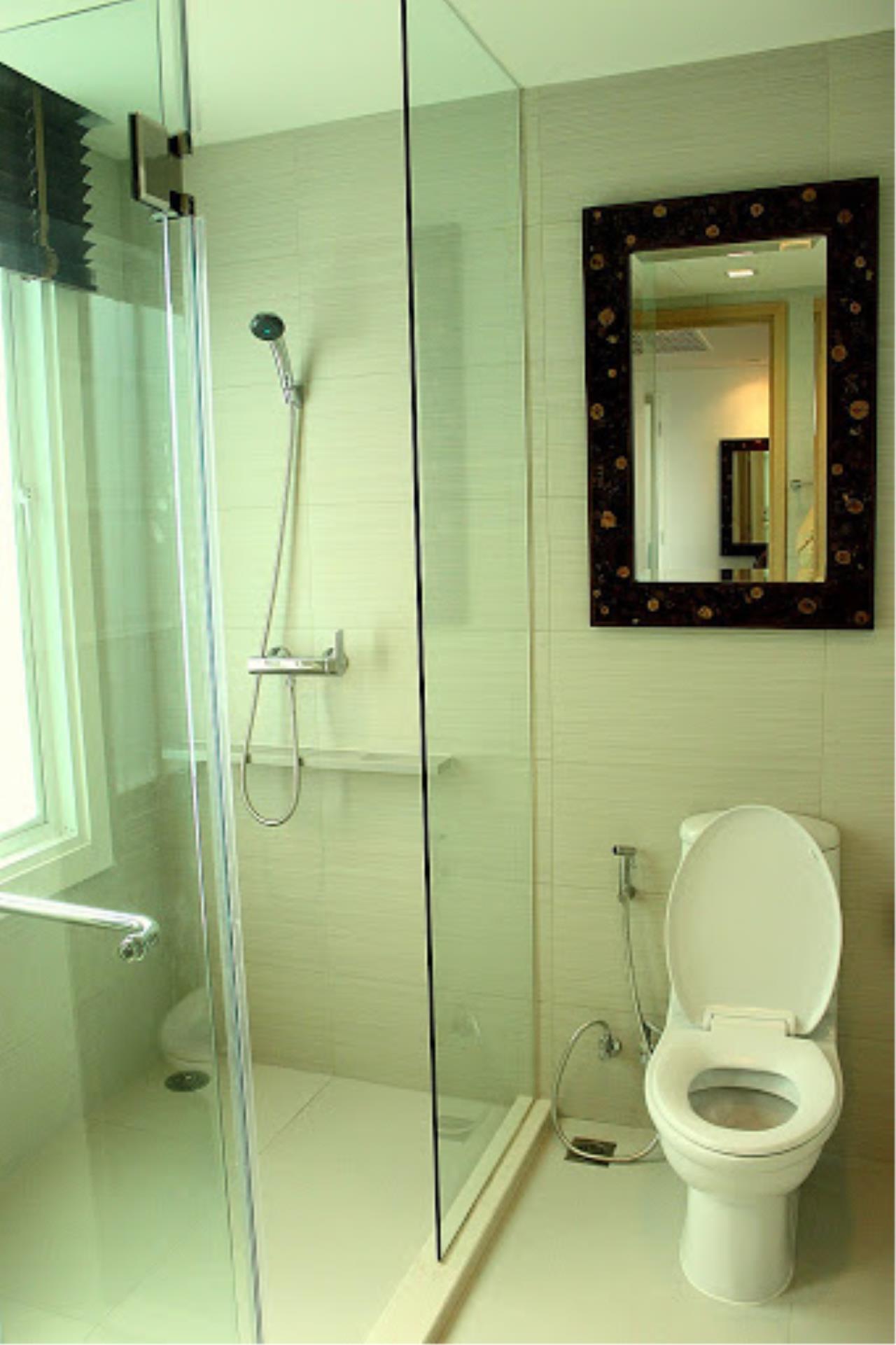 Piri Property Agency's 2 bedrooms Condominium  on 17 floor For Rent 2 3