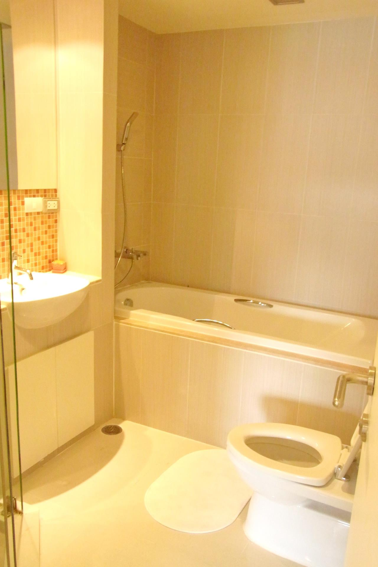 Piri Property Agency's one bedroom Condominiumon 3 floor For Rent 6