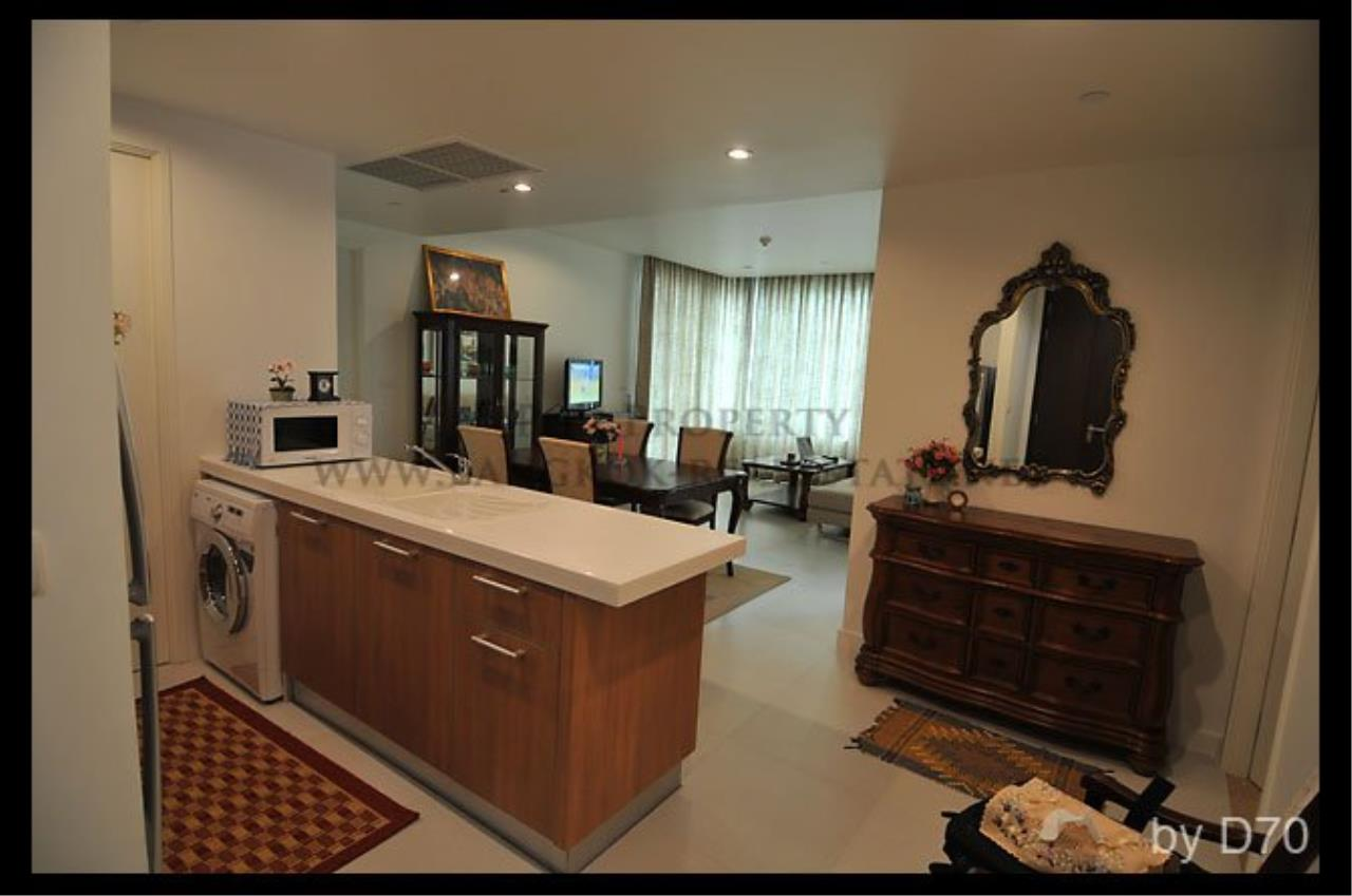 Piri Property Agency's Beautifully furnished 2 Bedroom Condo - Manhattan Chidlom 2