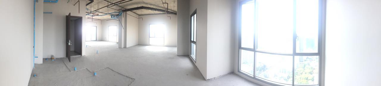 Piri Property Agency's 4 bedrooms Condominiumon 34 Building B floor For Sale 4