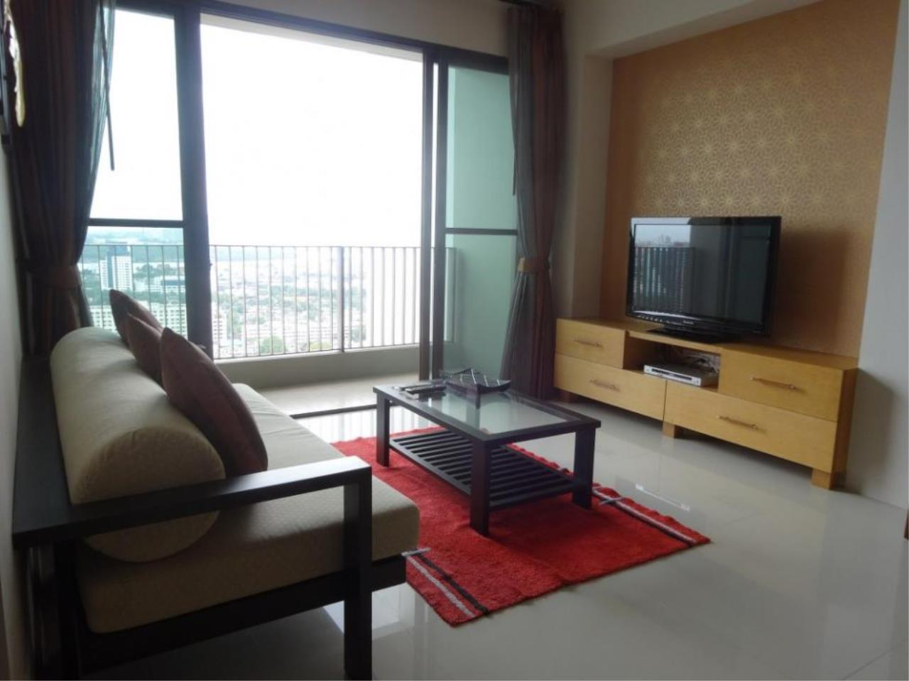 Piri Property Agency's one bedroom Condominium  on 9701 floor For Rent 1 13