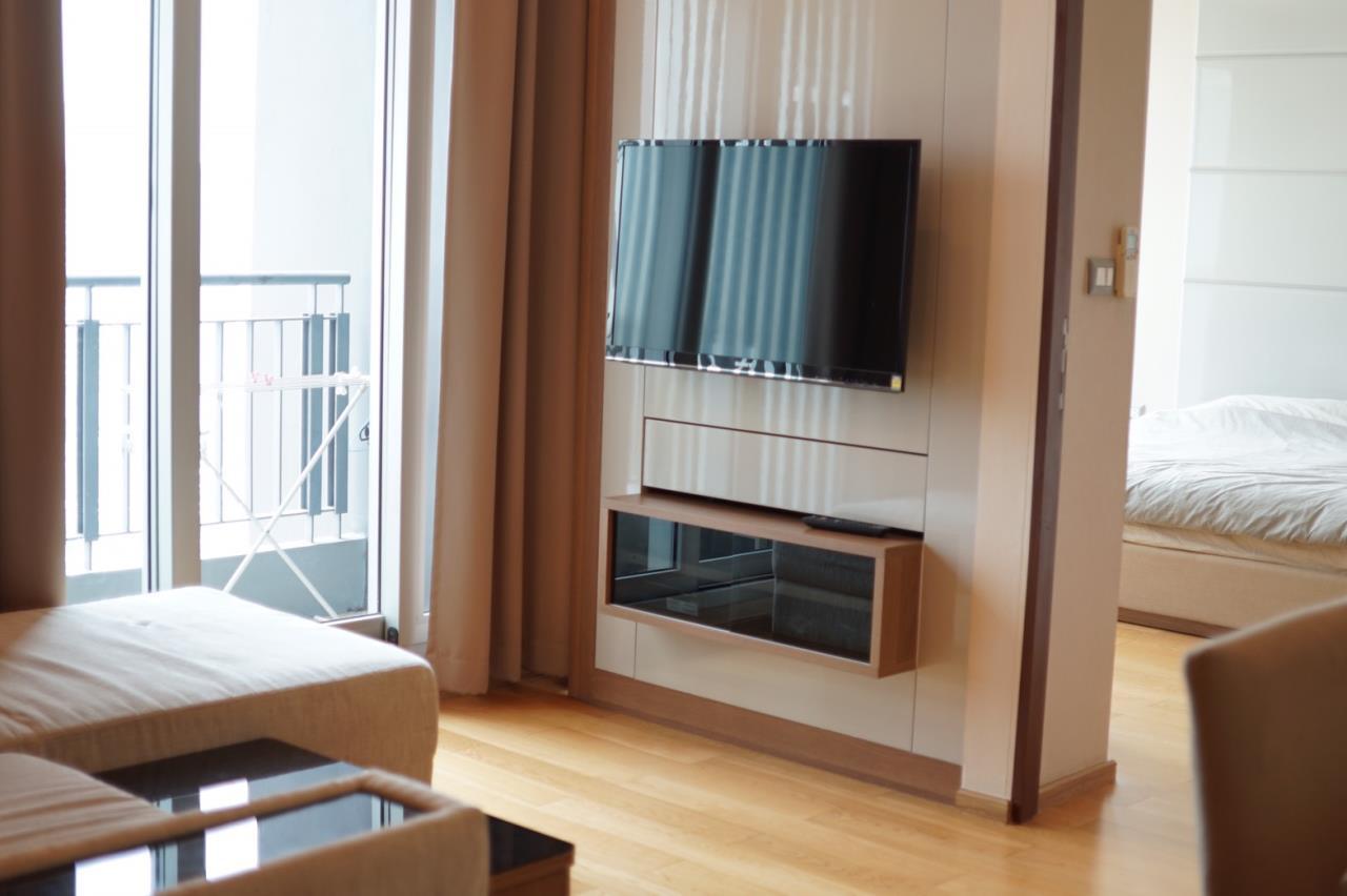 Piri Property Agency's 2 bedrooms Condominiumon 28 floor For Rent 1