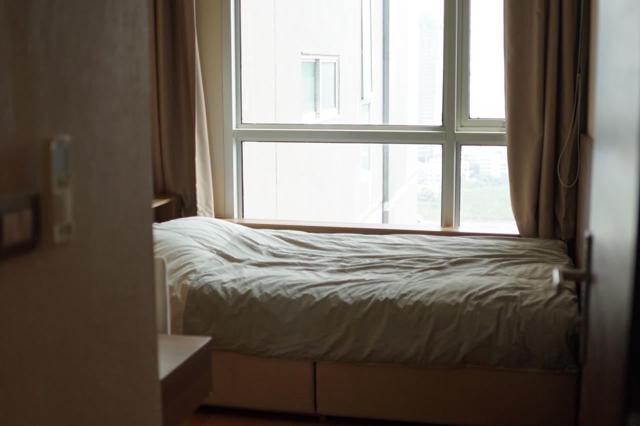 Piri Property Agency's 2 bedrooms Condominiumon 28 floor For Rent 5