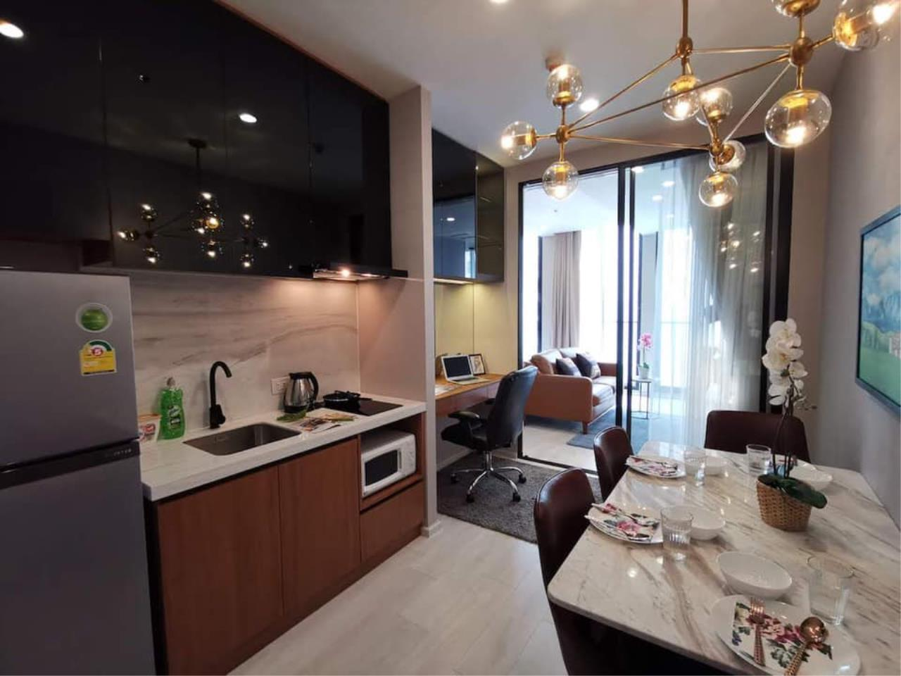 Agent - Maliwan Agency's Condo for Rent  Noble Ploenchit BTS ploenchit 45 sqm 1bedroom 1bathroom Garden view 2