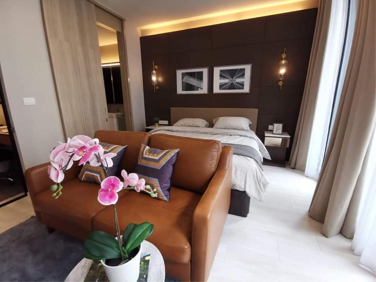 Agent - Maliwan Agency's Condo for Rent  Noble Ploenchit BTS ploenchit 45 sqm 1bedroom 1bathroom Garden view 1