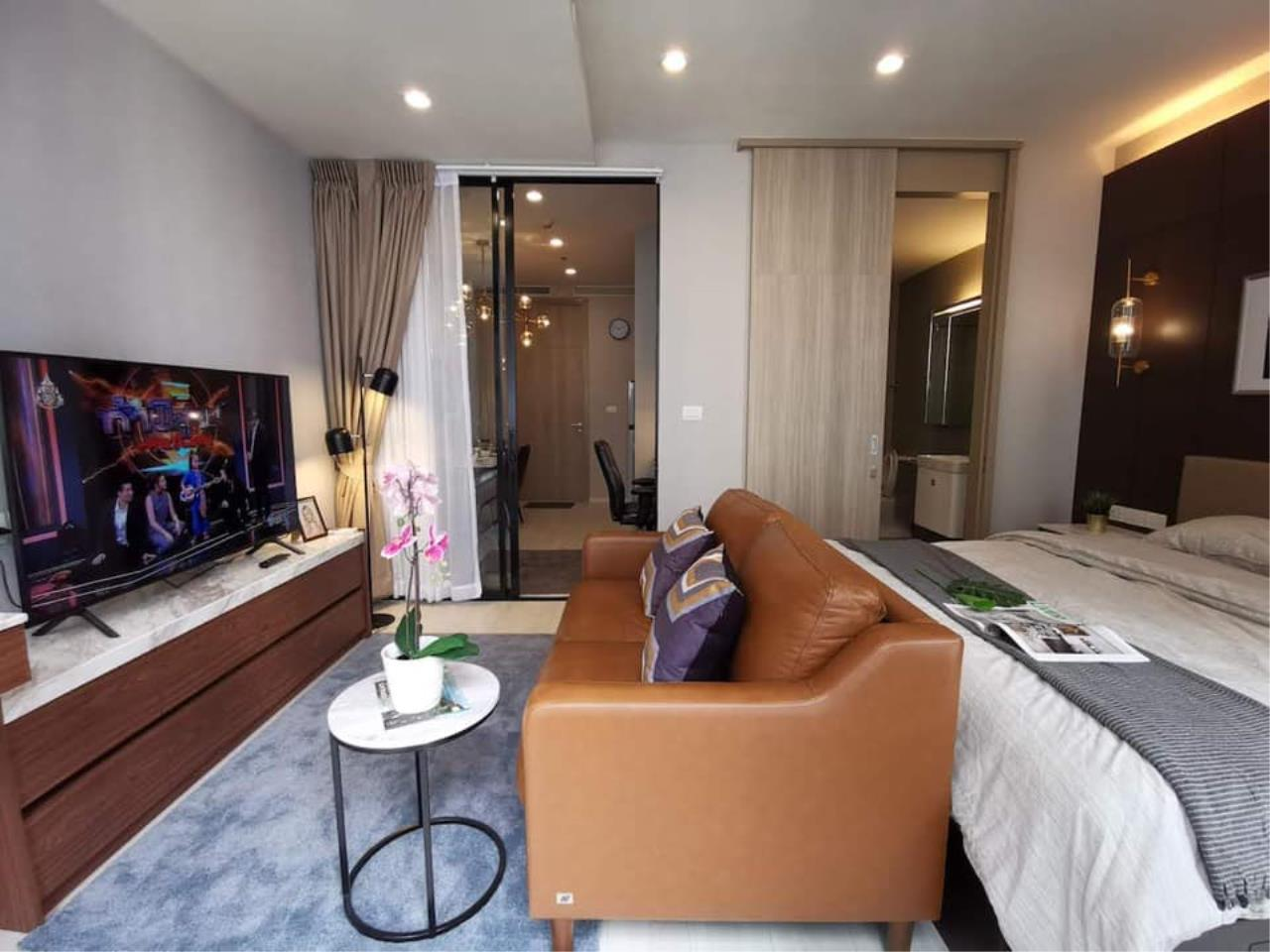 Agent - Maliwan Agency's Condo for Rent  Noble Ploenchit BTS ploenchit 45 sqm 1bedroom 1bathroom Garden view 14