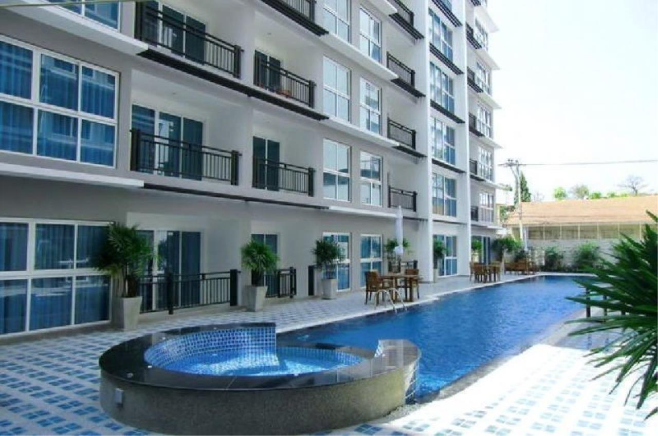 Centric C Realty Agency's Avenue Residence 7