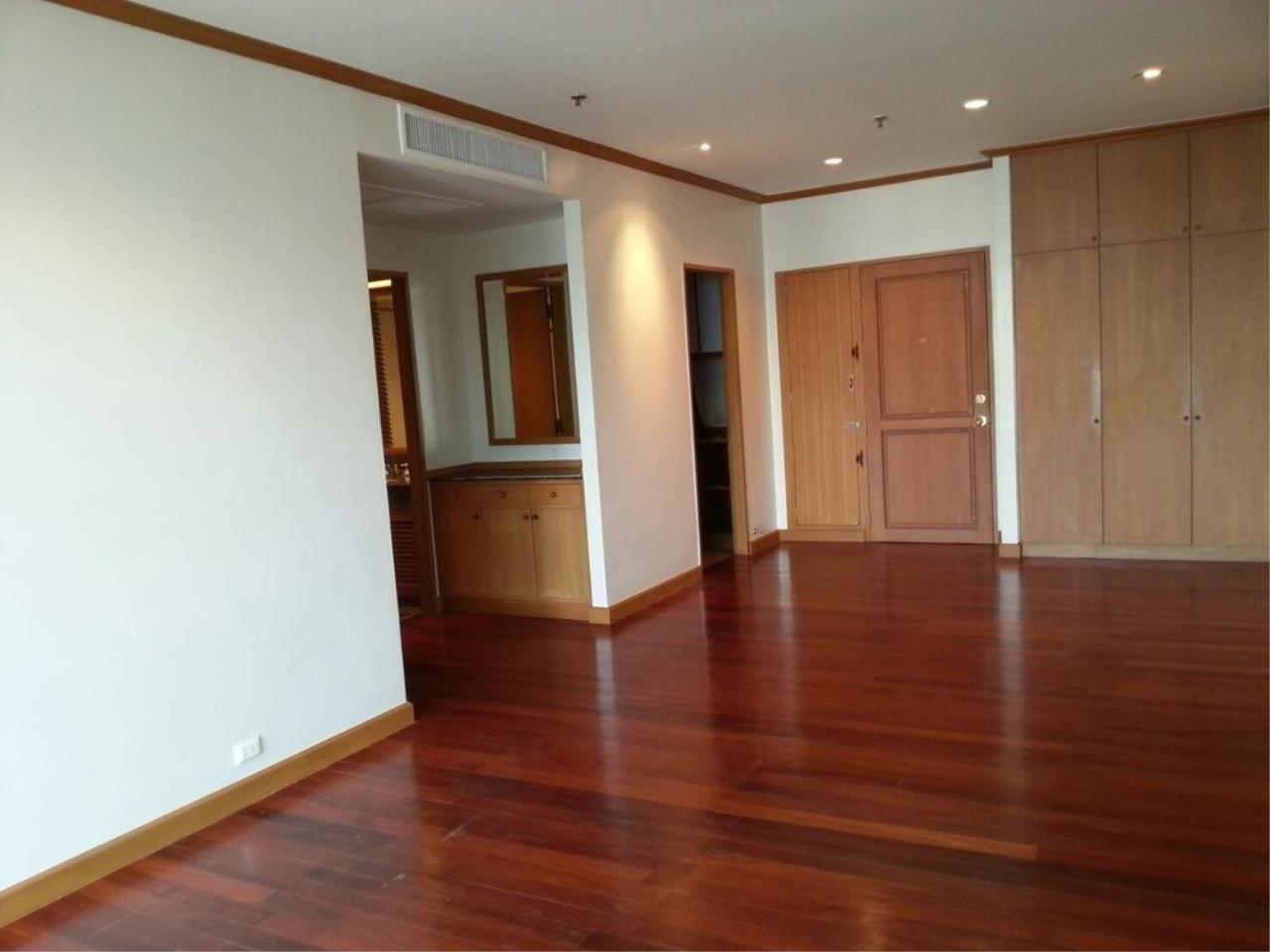 The One Residence Agency's condominium for Sale at Baan Sathorn Chaopraya , 2BR , 2BA , 64SQM 11