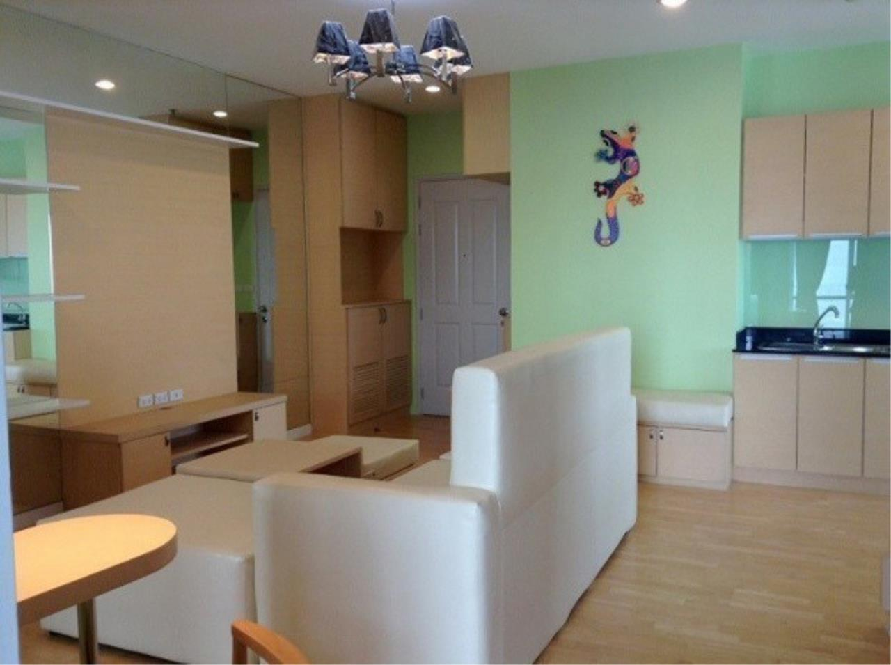 The One Residence Agency's condominium for rent at Baan Sathorn Chaopraya , 2BR , 2BA , 80SQM 1