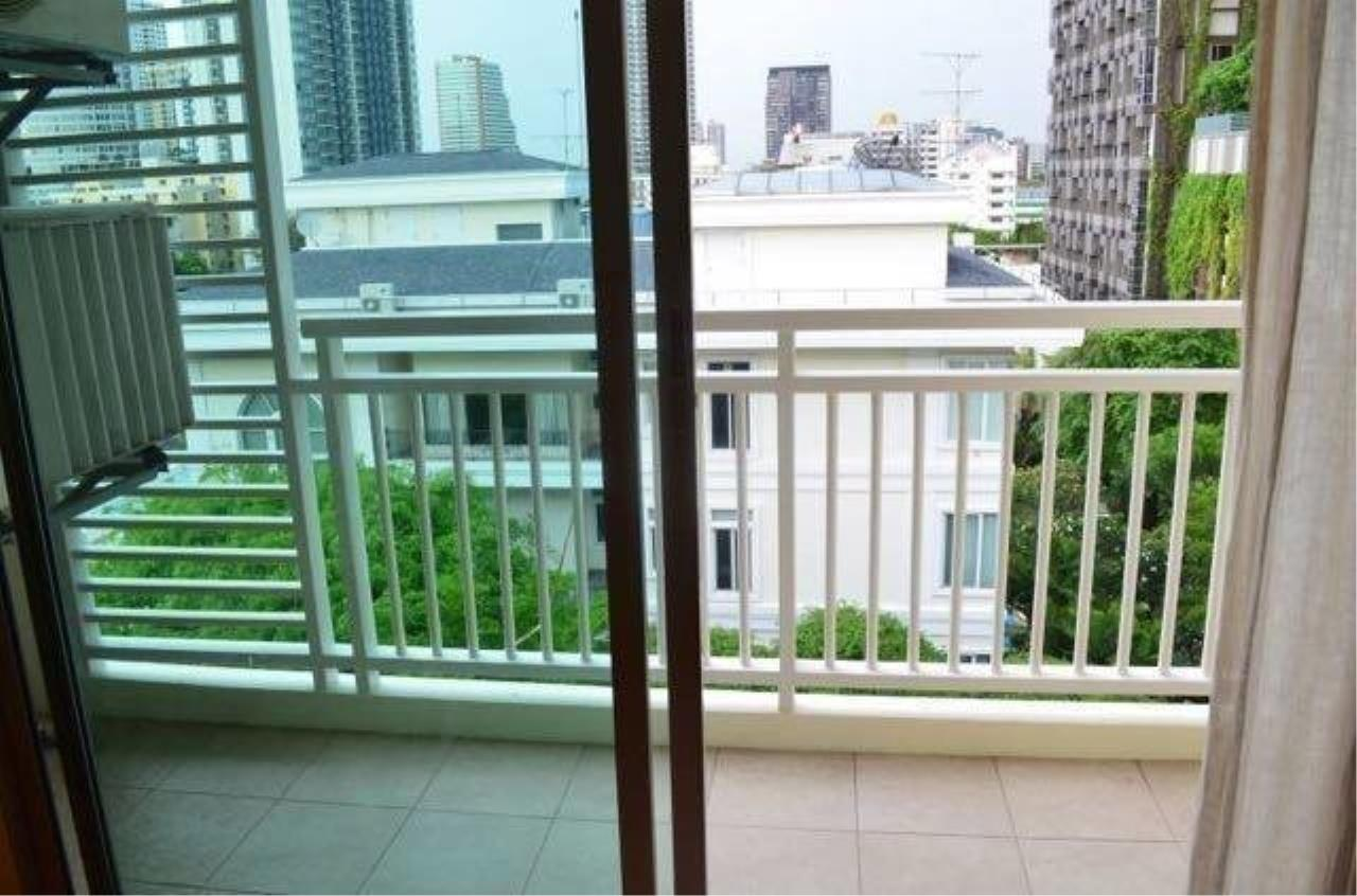The One Residence Agency's condominium for sale , rent at Plus 38 Hip , 1BR , 1BA , 50SQM 2