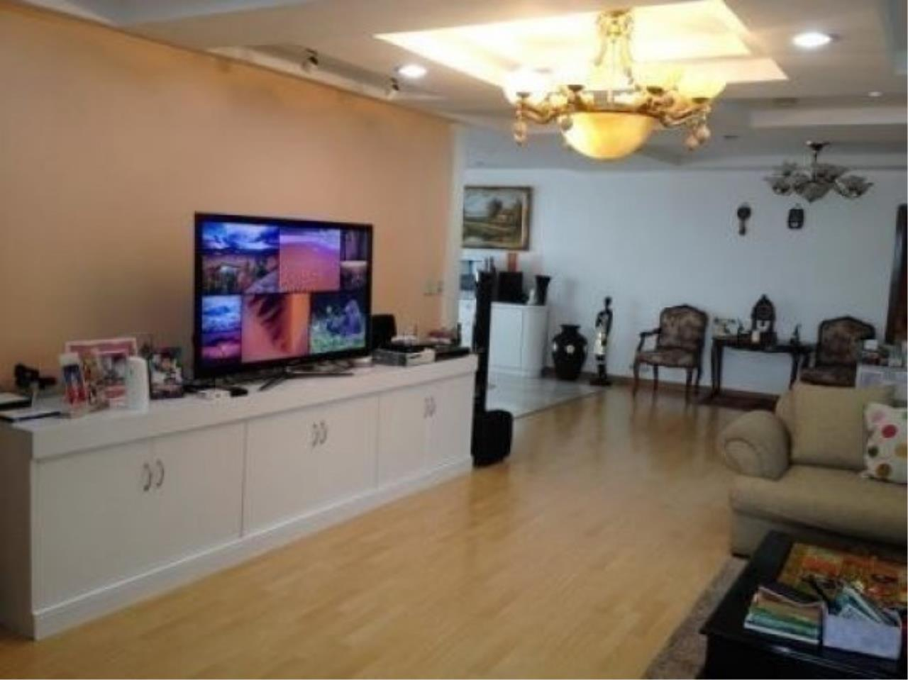 The One Residence Agency's condominium for rent at President Park Harbour View , 3BR , 3BA , 223SQM 5