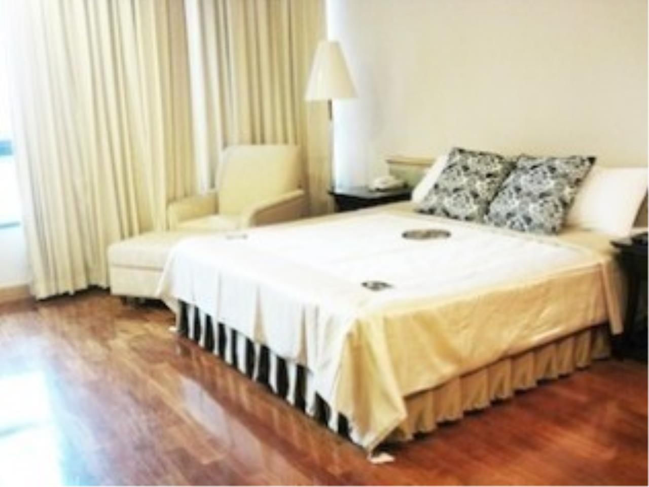 The One Residence Agency's condominium for rent at President Place , 2BR , 2BA , 88SQM 1