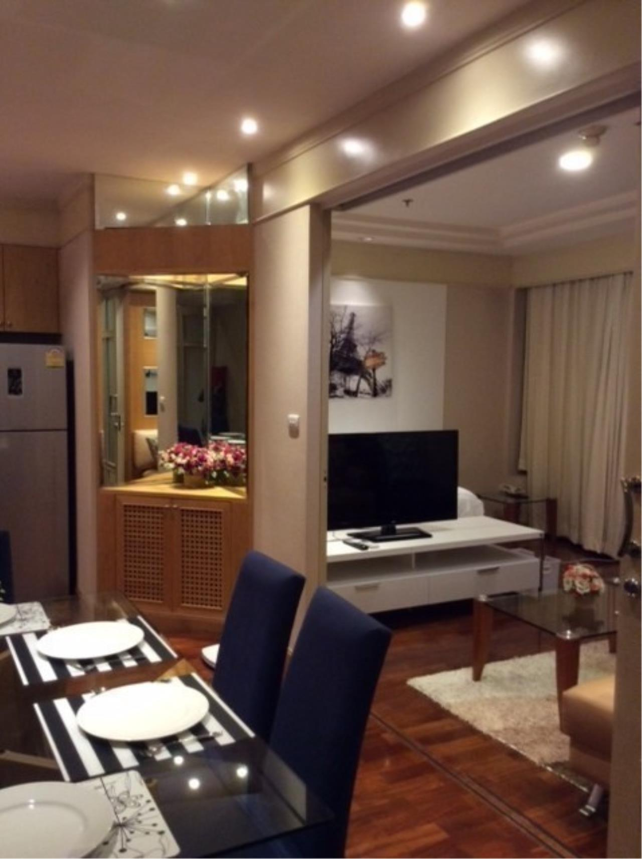 The One Residence Agency's condominium for rent at President Place , 2BR , 2BA , 90SQM 7