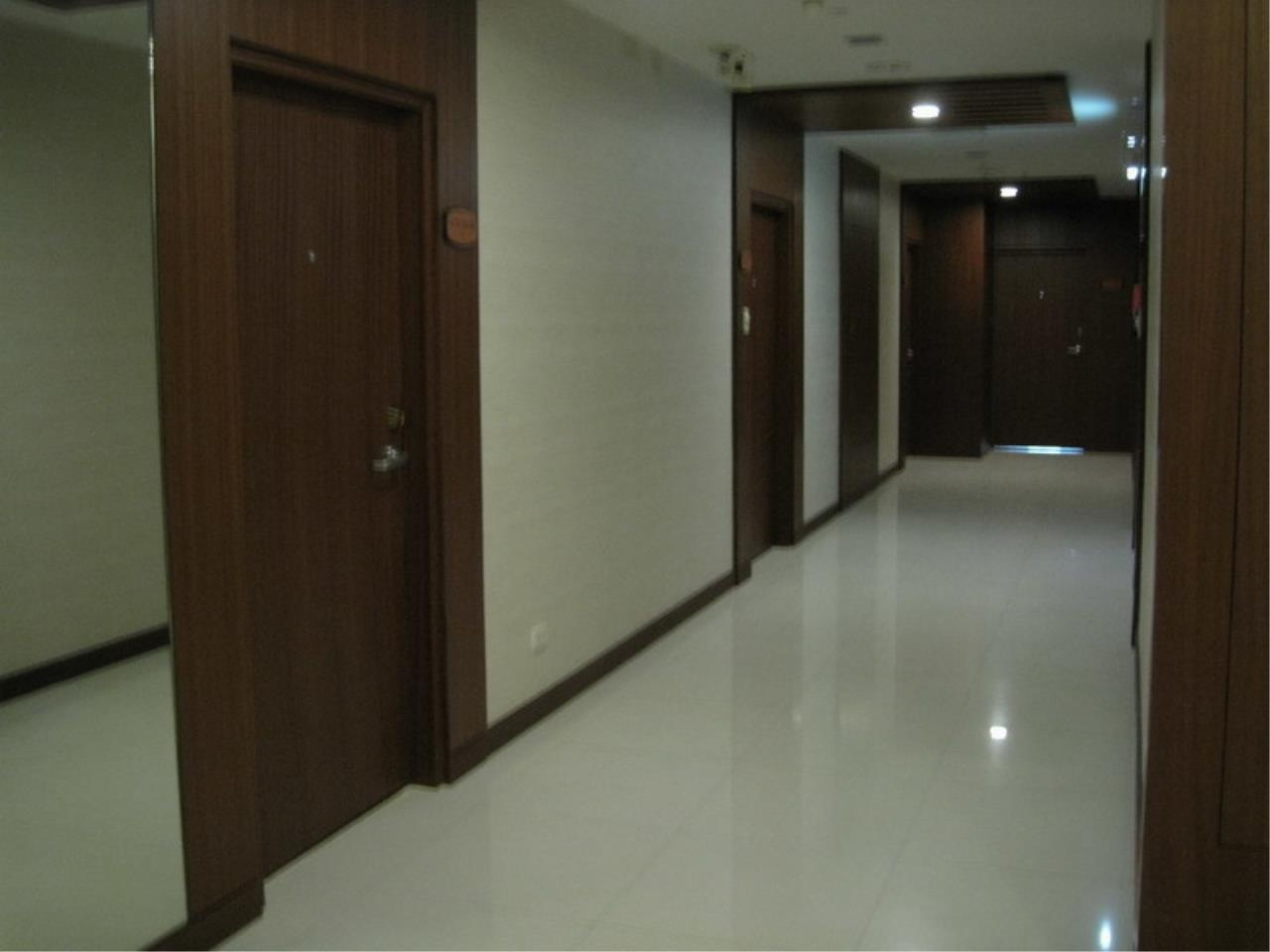 The One Residence Agency's condominium for rent at President Place , 2BR , 2BA , 90SQM 1