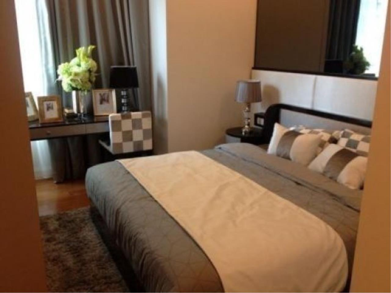 The One Residence Agency's condominium for rent at Q Langsuan , 2BR , 2BA , 83SQM 2