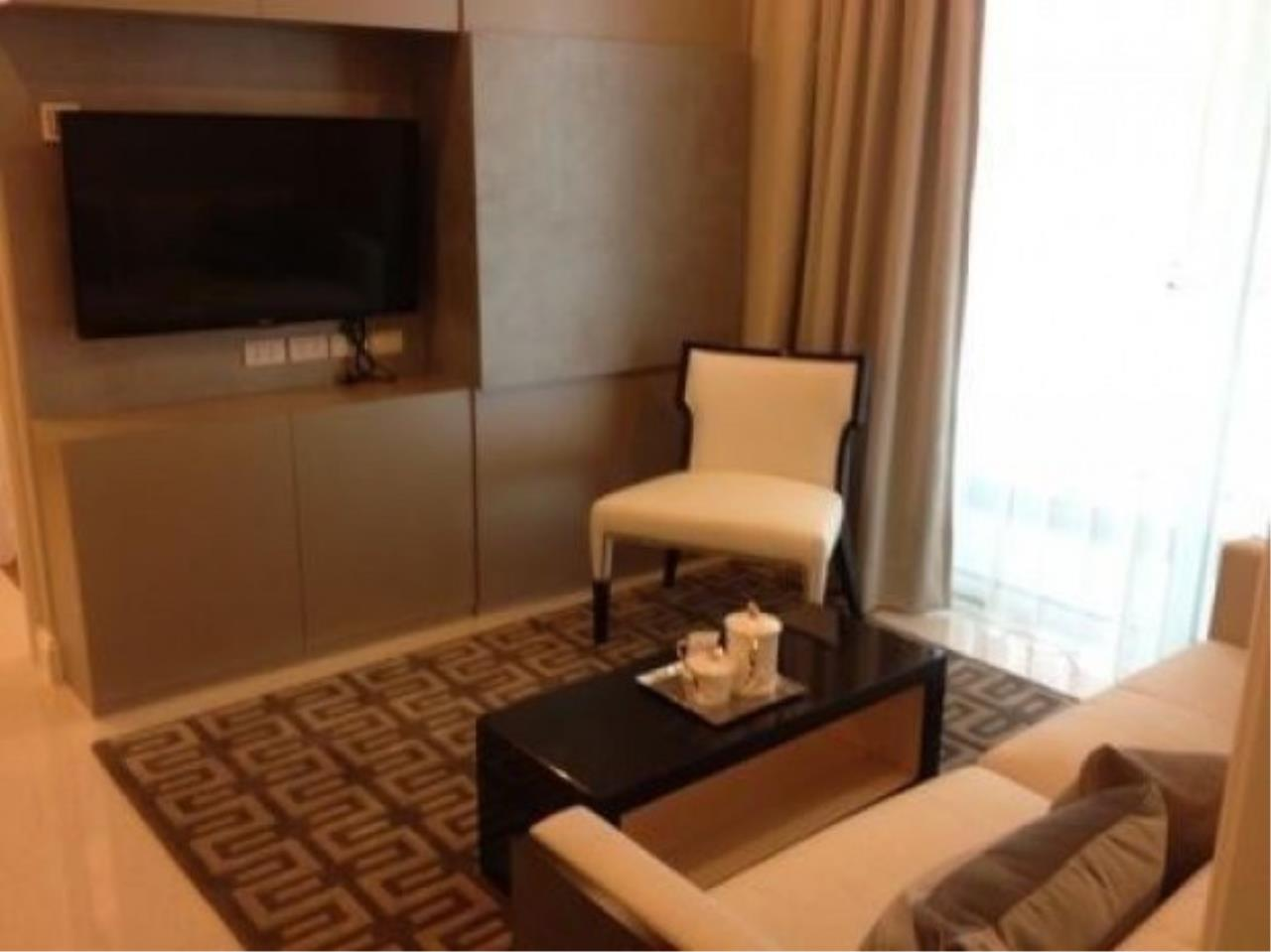 The One Residence Agency's condominium for rent at Q Langsuan , 2BR , 2BA , 83SQM 3