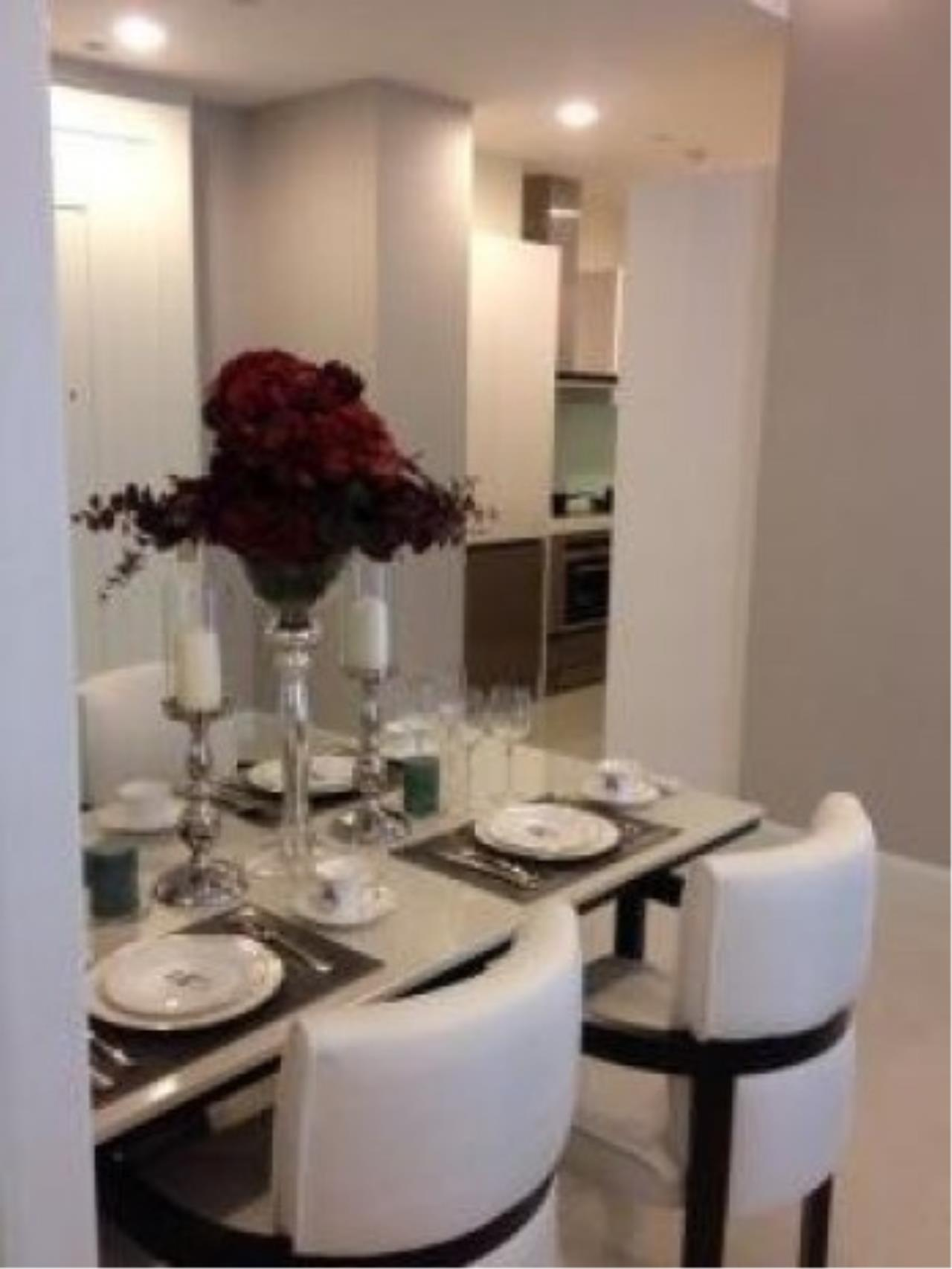The One Residence Agency's condominium for rent at Q Langsuan , 2BR , 2BA , 83SQM 1