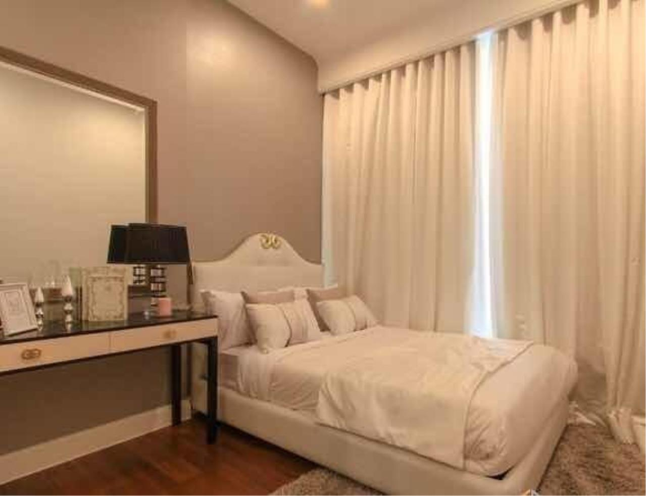 The One Residence Agency's condominium for rent at Q Langsuan , 2BR , 2BA , 73SQM 7