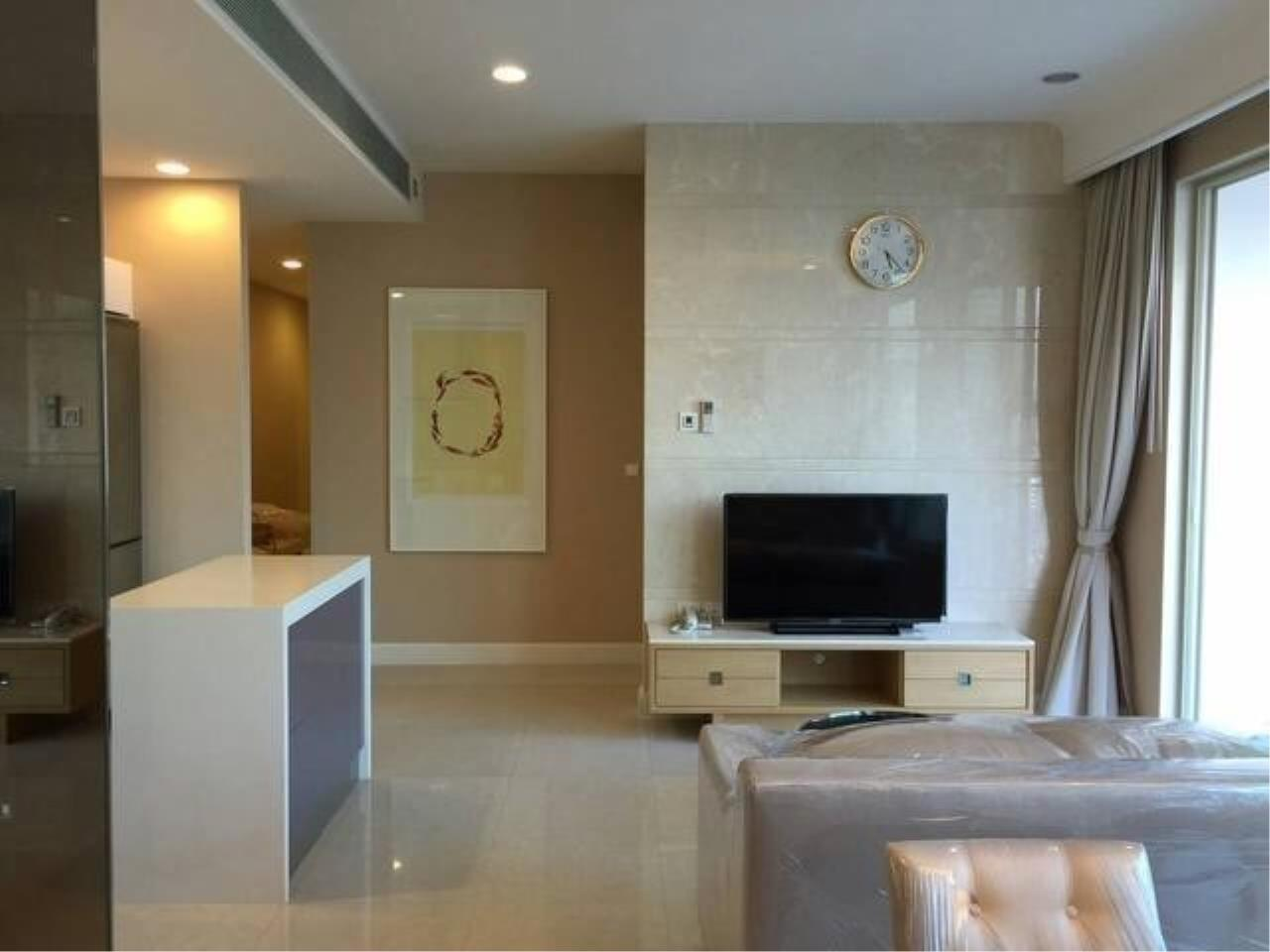 The One Residence Agency's condominium for rent at Q Langsuan , 2BR , 2BA , 94SQM 3
