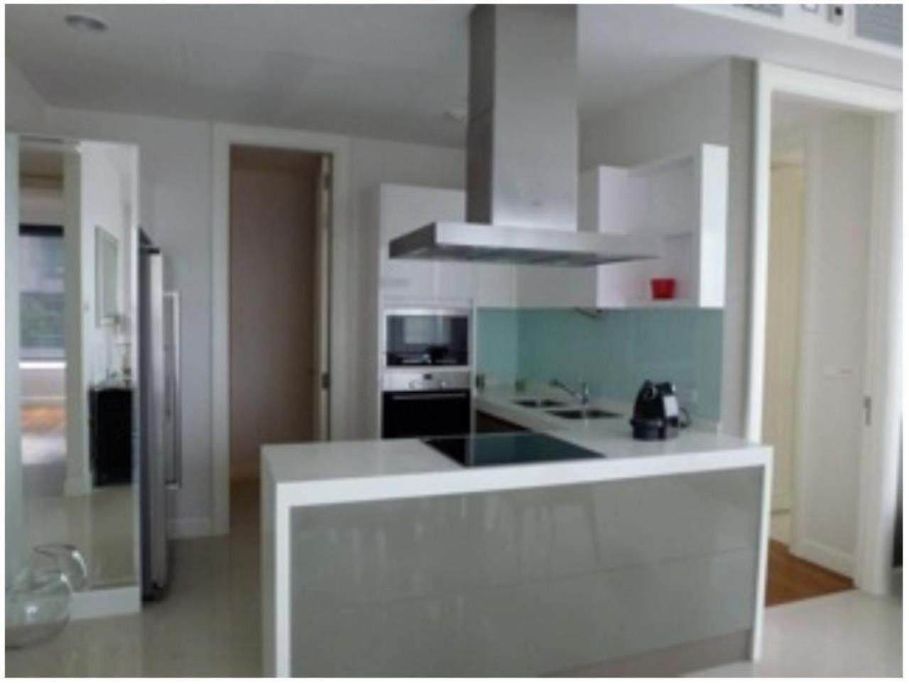 The One Residence Agency's condominium for rent at Q Langsuan , 3BR , 3BA , 135SQM 2