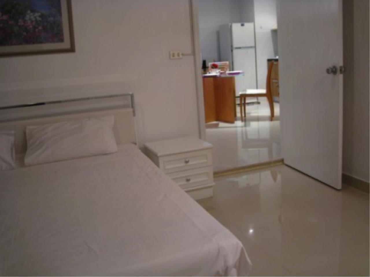 The One Residence Agency's condominium for rent at Regent Royal Place 1 , 1BR , 1BA , 65SQM 3