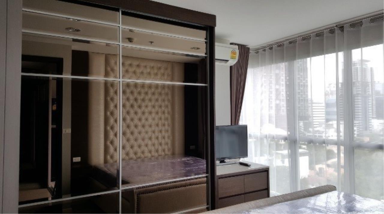 The One Residence Agency's condominium for rent at Rhythm Sathorn - Narathiwas , 1BR , 1BA , 46SQM 2