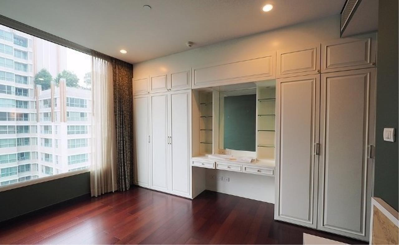 The One Residence Agency's condominium for rent at The Park Chidlom , 3BR , 4BA , 278SQM 4