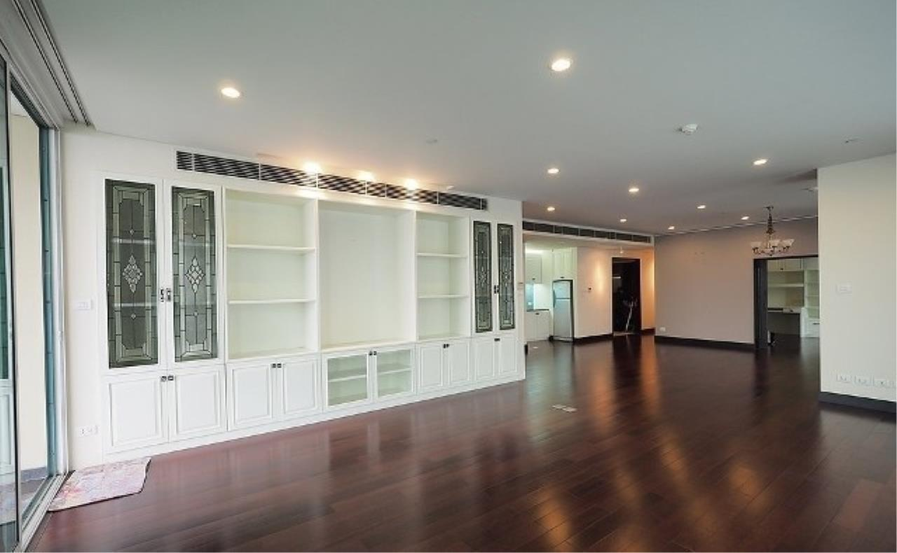 The One Residence Agency's condominium for rent at The Park Chidlom , 3BR , 4BA , 278SQM 8