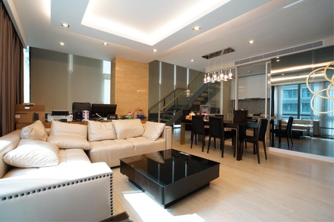The One Residence Agency's condominium for rent at The Room Sukhumvit 40 , 2BR , 2BA , 92SQM 3