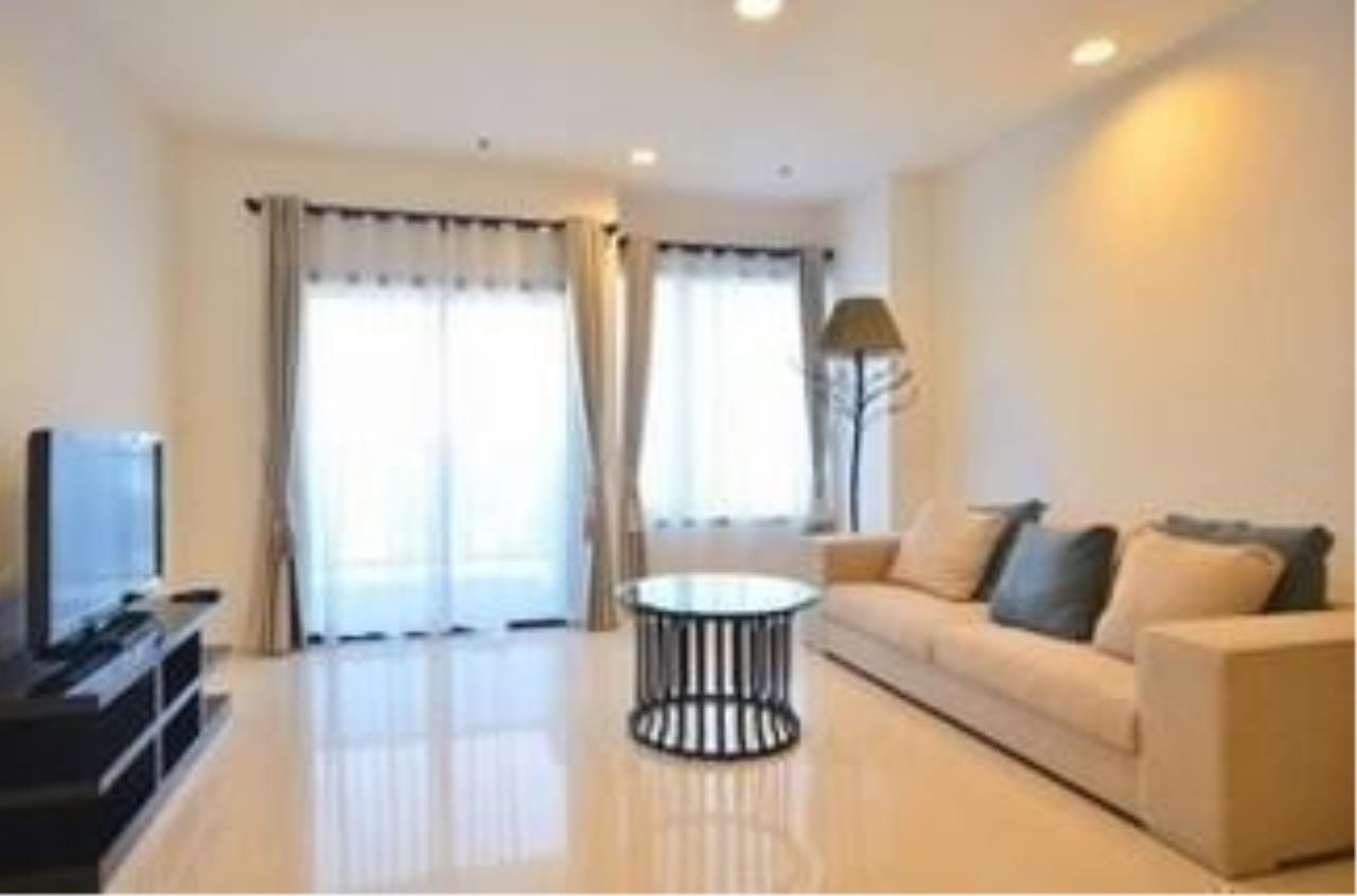 The One Residence Agency's condominium for rent at The Royal Maneeya , 1BR , 1BA , 68SQM 3